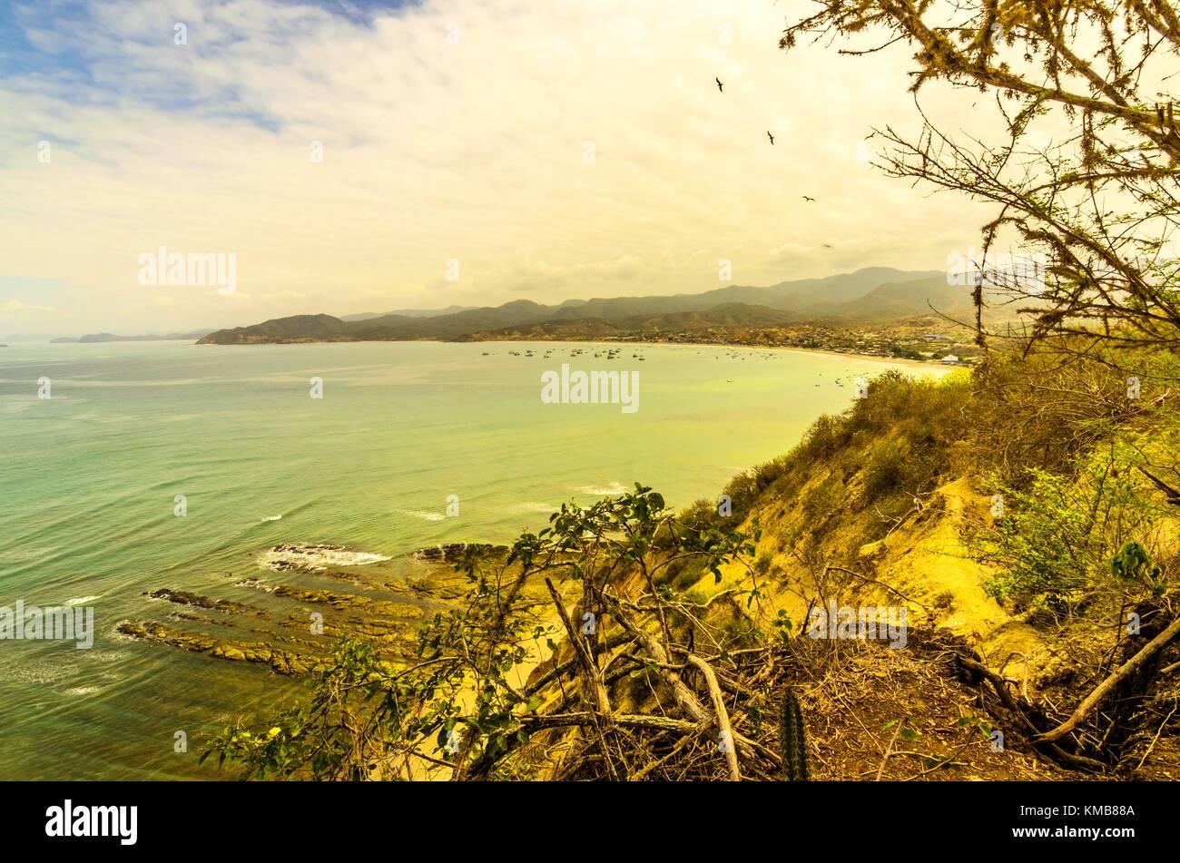 Vista del Pacífico en el estado de Manabí, Ecuador, Parque Nacional Machalilla. Foto de stock