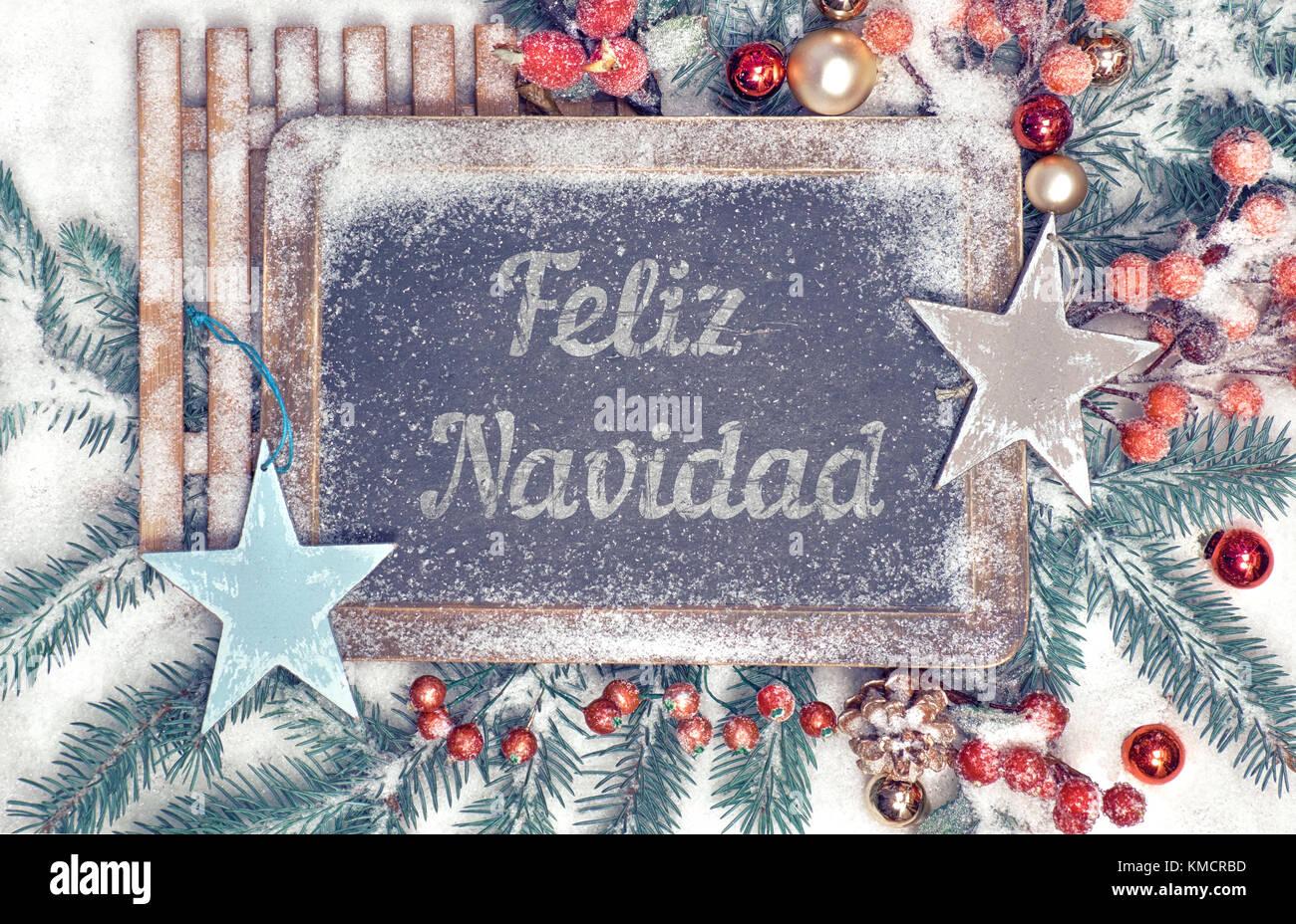 """Pizarra decorada con el texto """"Feliz Navidad"""", o """"Merry Christmas"""" en español Imagen De Stock"""