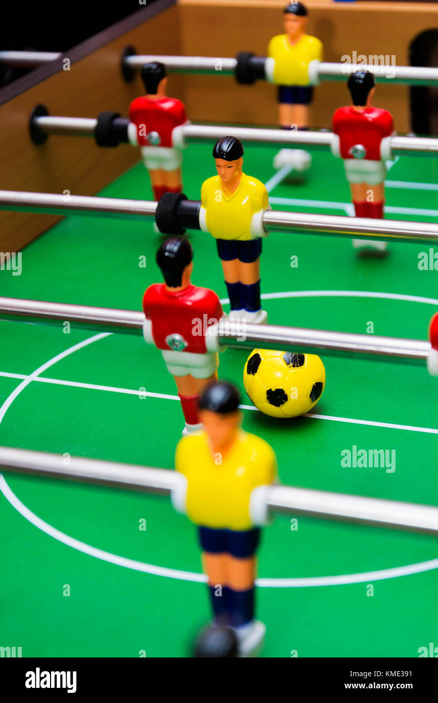 Juego De Futbol De Mesa Cerrar Foto Imagen De Stock 167496365