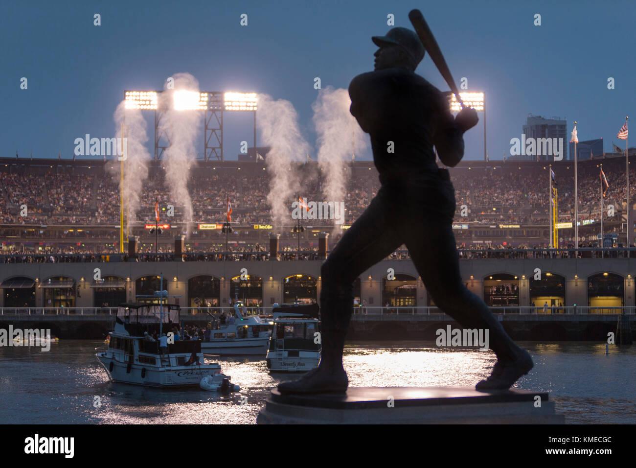 Att Ballpark, hogar del equipo de béisbol de los Gigantes de San Francisco, San Francisco, California, EE.UU. Imagen De Stock
