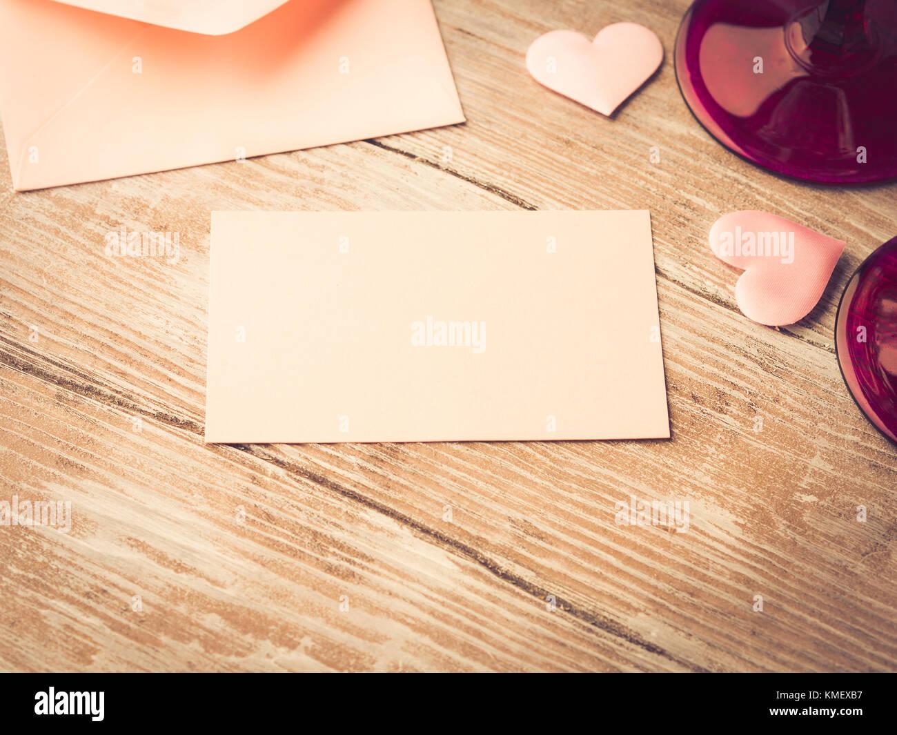 Nota Carta En Papel Rosa En Blanco Con Corazones Para Llenar Con Su