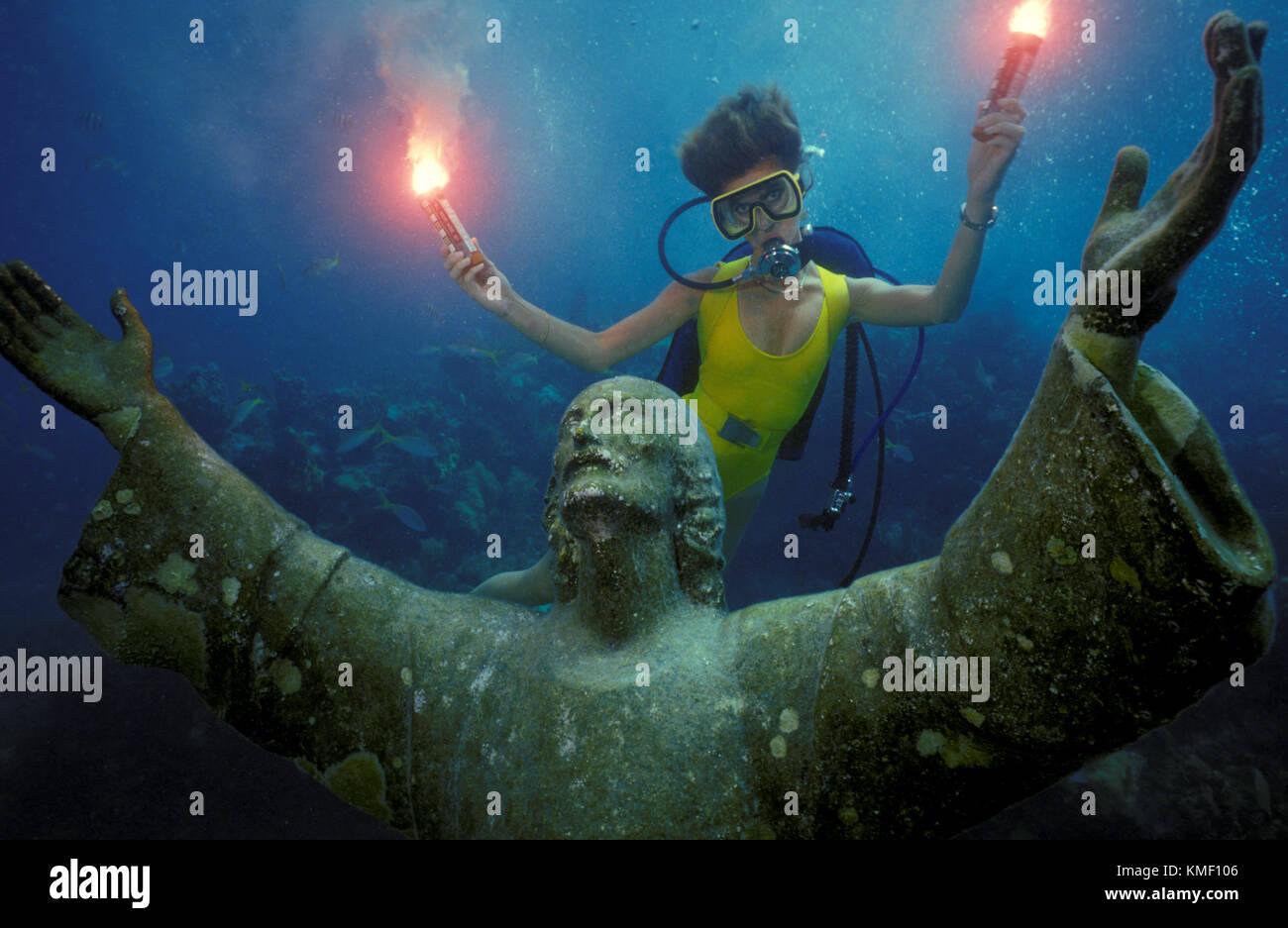 Celebración del 25 aniversario de el submarino de la colocación de la estatua del Cristo del abismo en Key Largo. Foto de stock