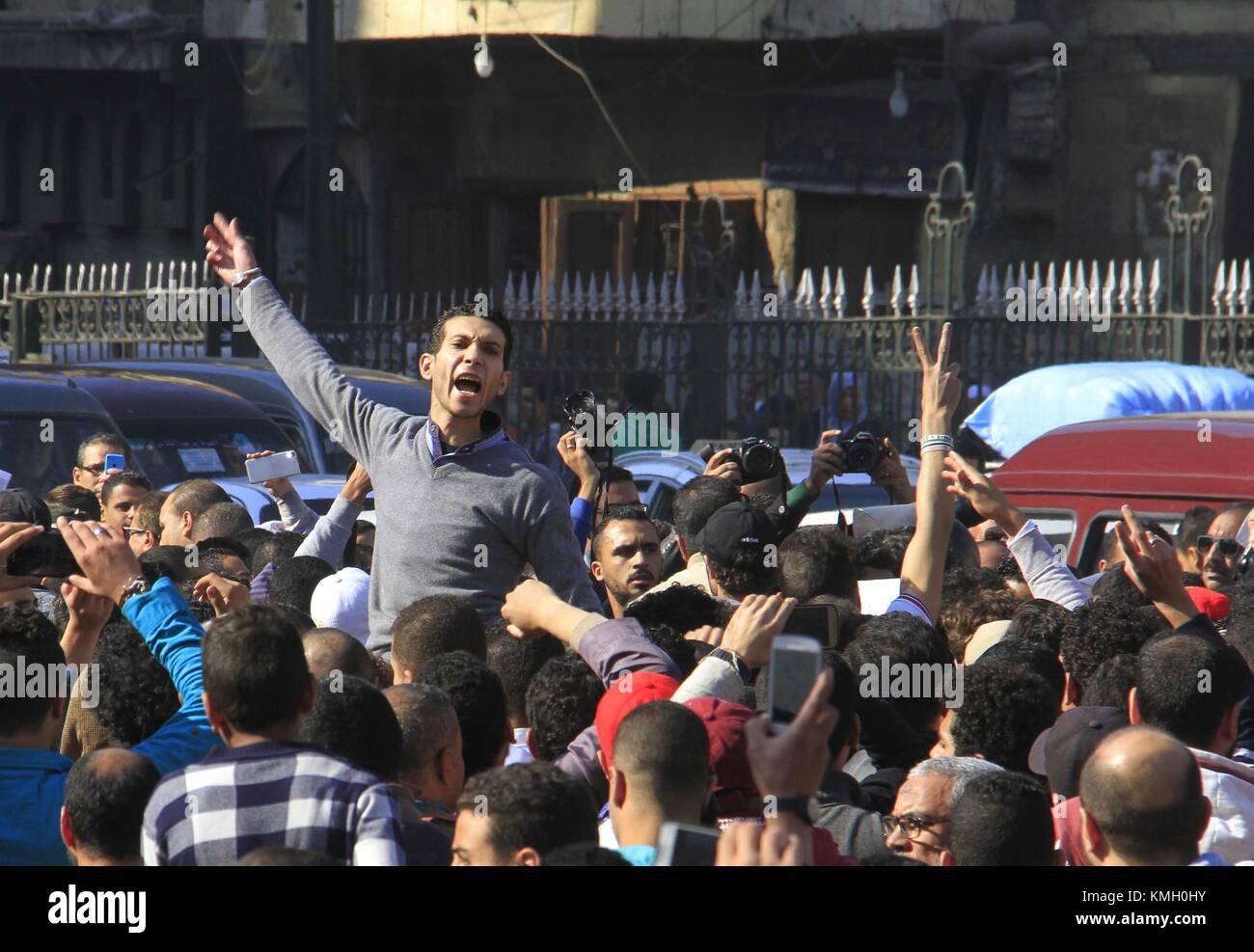 El Cairo, Egipto. El 8 de diciembre de 2017. Los egipcios corearon eslóganes durante una manifestación de protesta Foto de stock