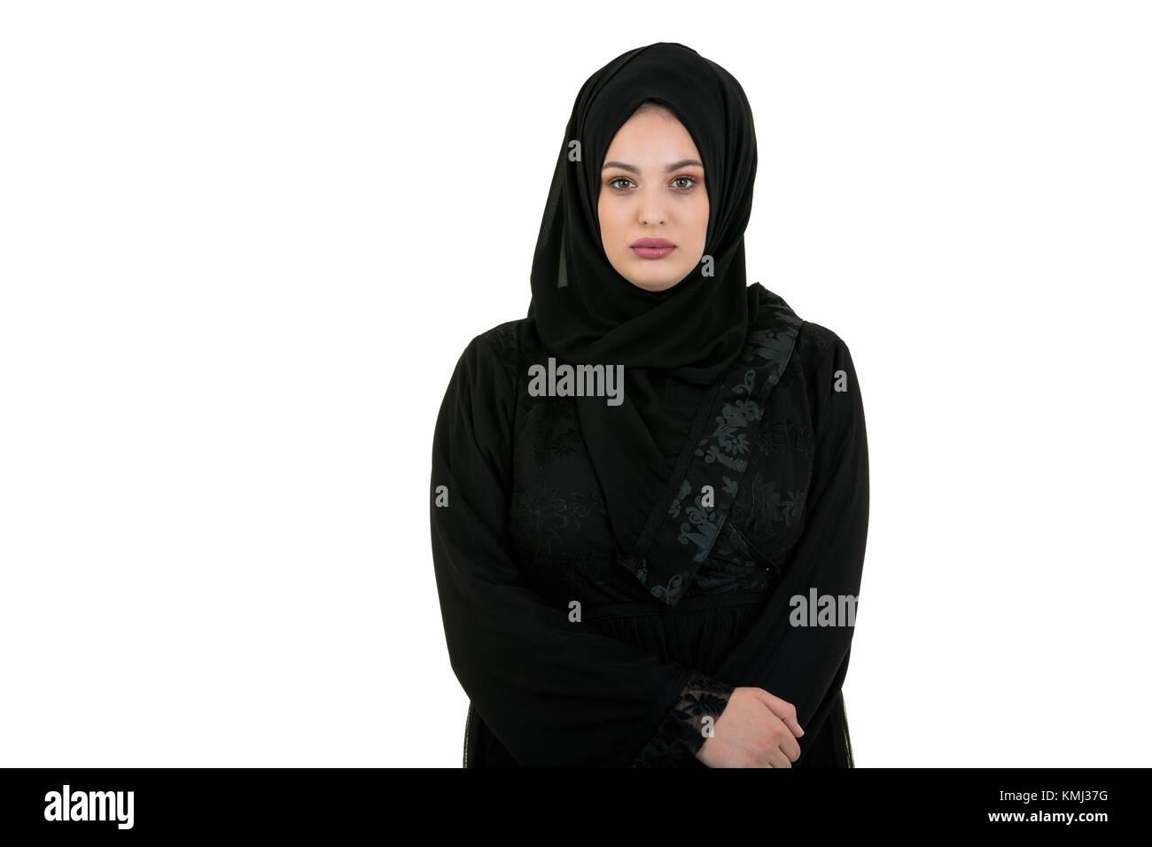 Mujer joven vistiendo ropa tradicional árabe hiyab Foto de stock