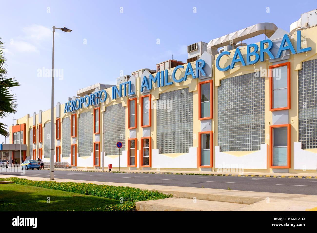 El exterior del aeropuerto internacional Amilcar Cabral, Cabo Verde, África Imagen De Stock