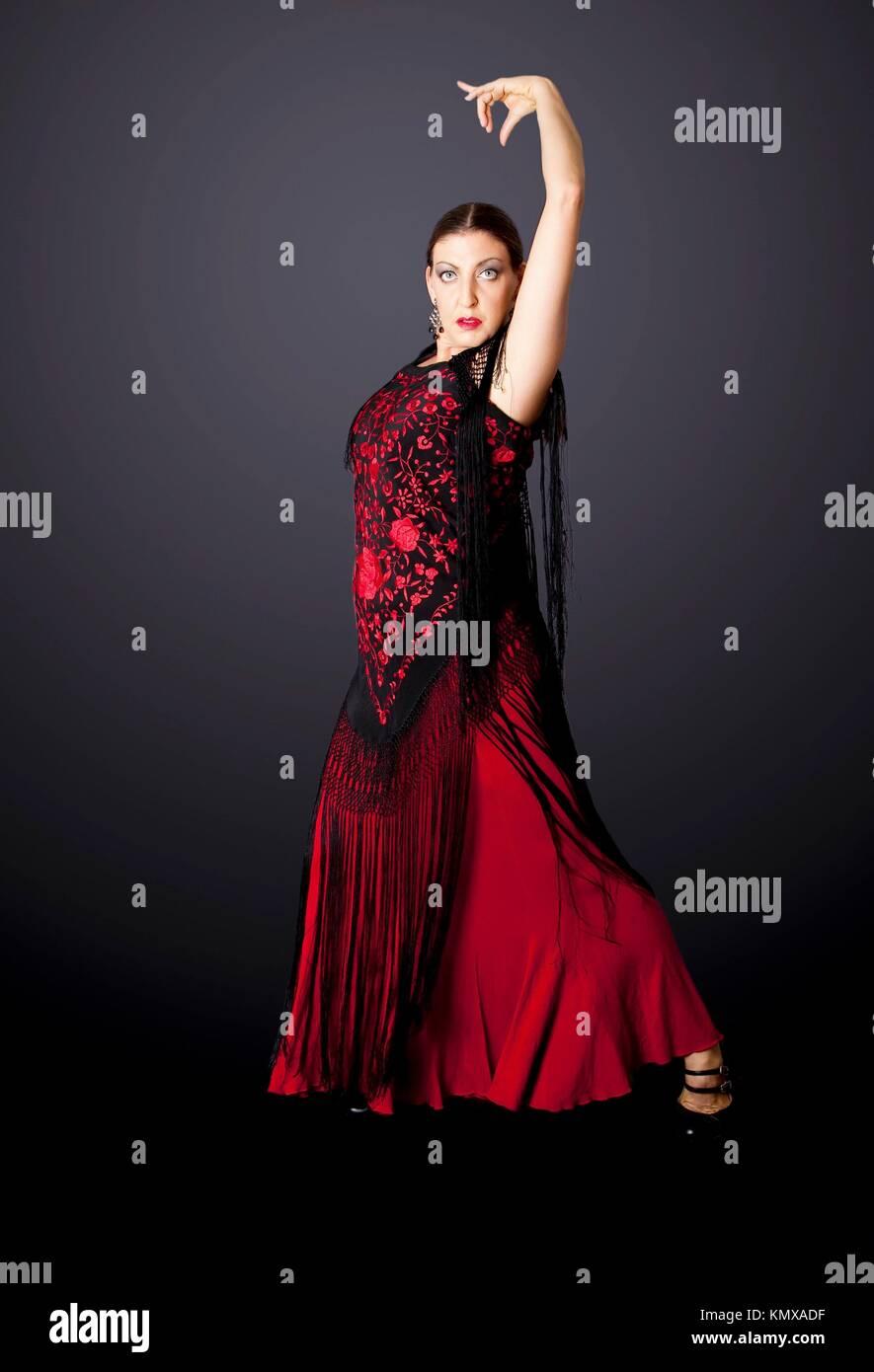 557afe503 Belleza Española Mujer Flamenco Imágenes De Stock   Belleza Española ...