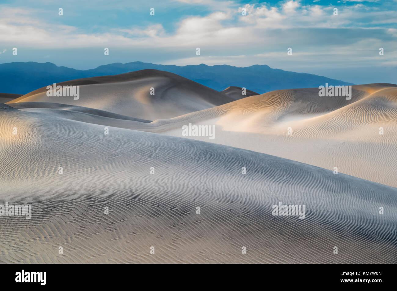 Dunas MESQUITE Death Valley CALIFORNIA Foto de stock