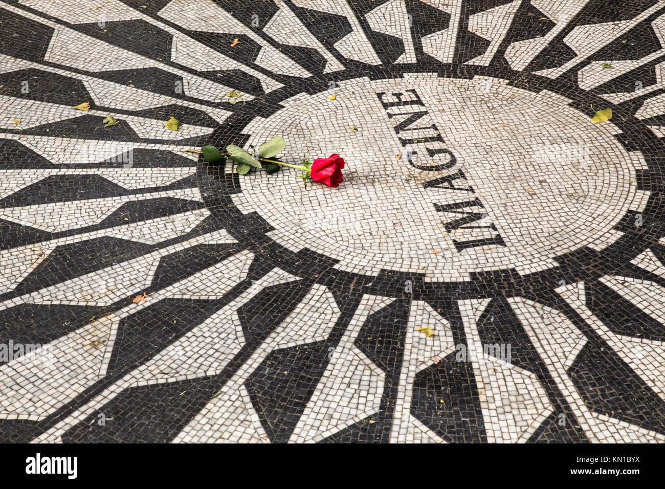 Imagine memorial de John Lennon en Central Park, NYC, Strawberry Fields Foto de stock