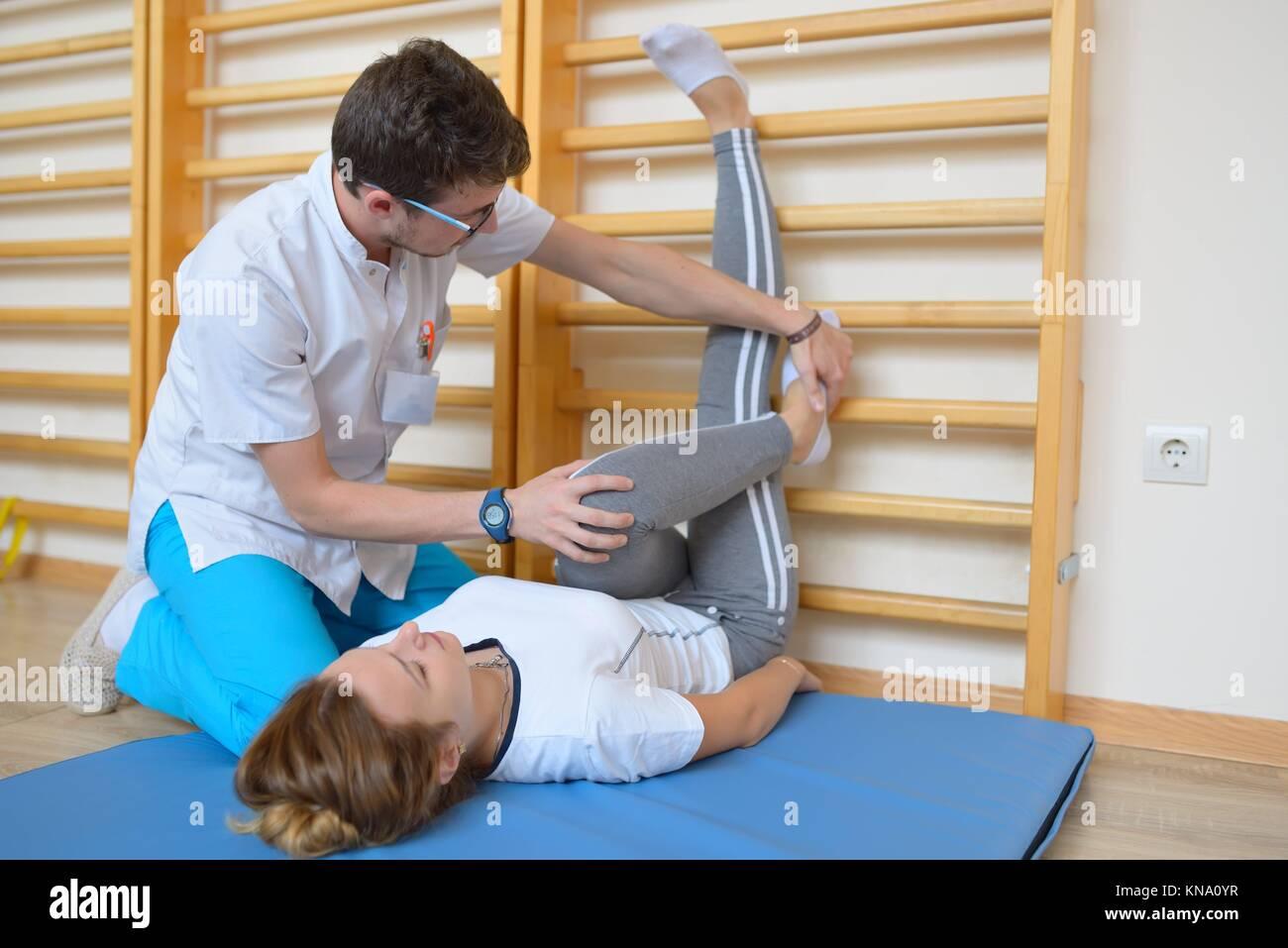 Back Pains Imágenes De Stock & Back Pains Fotos De Stock - Alamy