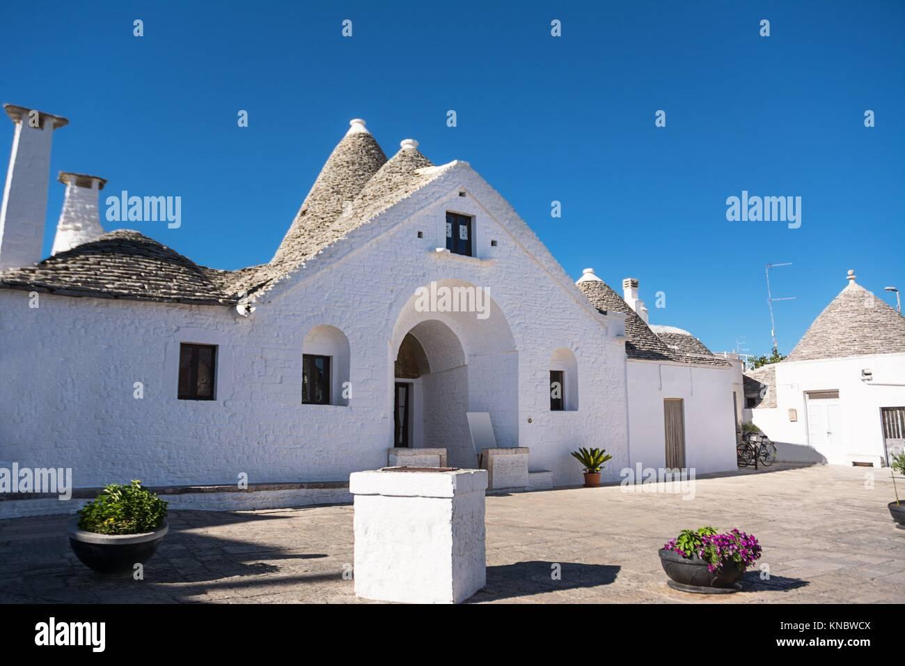 El Trullo soberano de Alberobello. Imagen De Stock