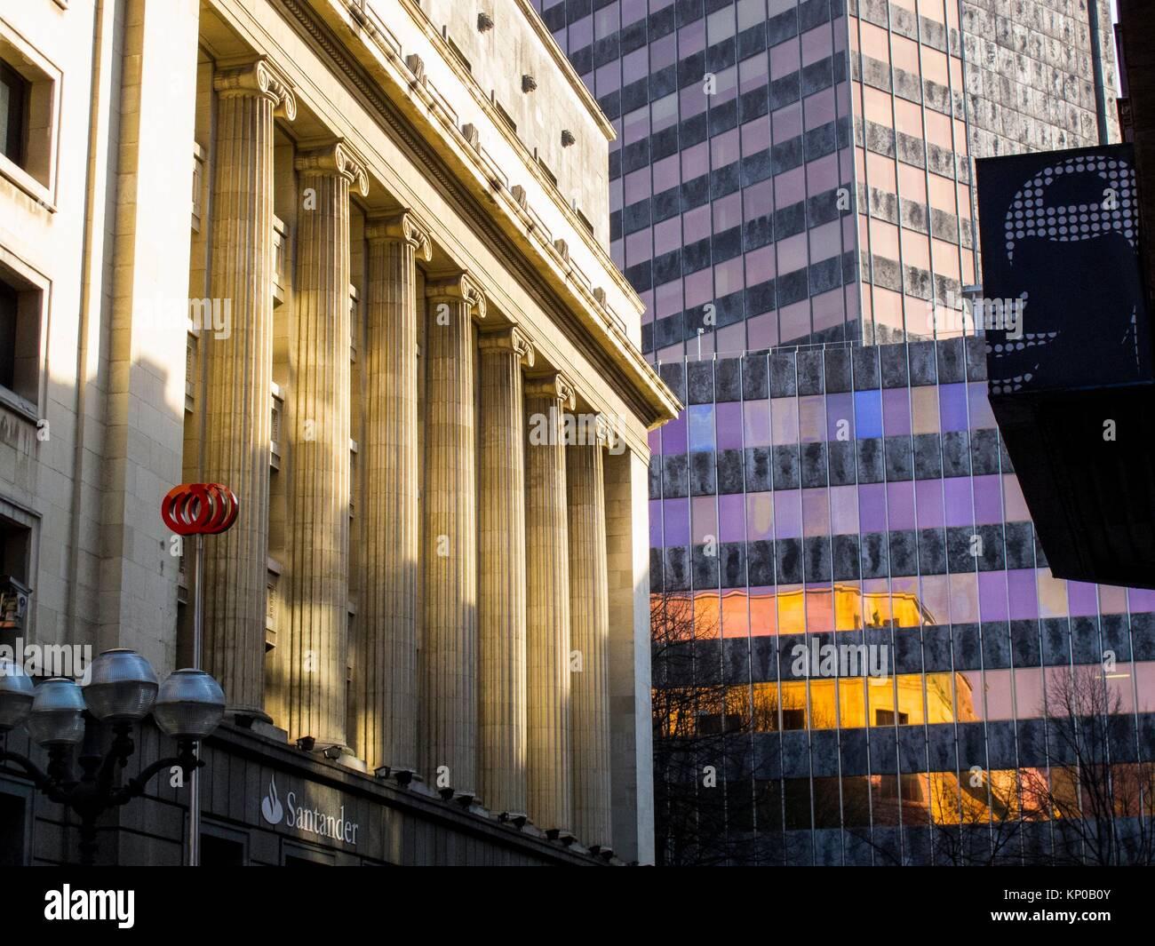 Edificio oficinas im genes de stock edificio oficinas - Oficinas en bilbao ...