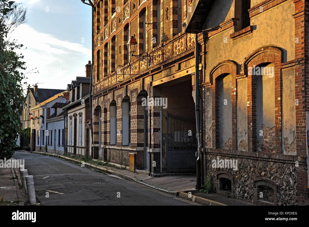 Arquitectura des regiones Thymerais villageoise typique et Drouais, en Nogent-le-Roi, departement Eure-et-Loir, Imagen De Stock