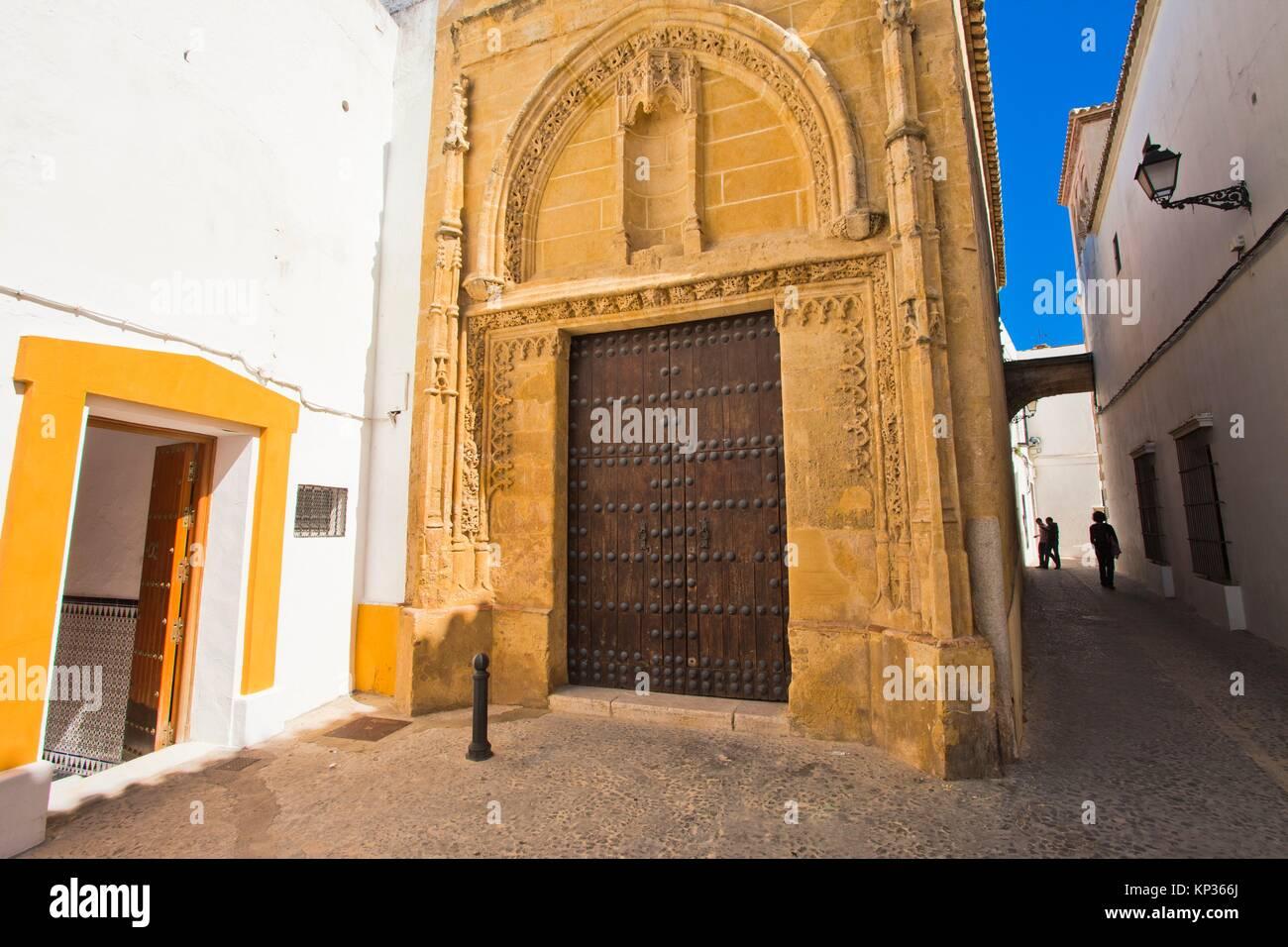Capilla de la misericordia la cubierta es suave capilla for Calle prado camacho 8