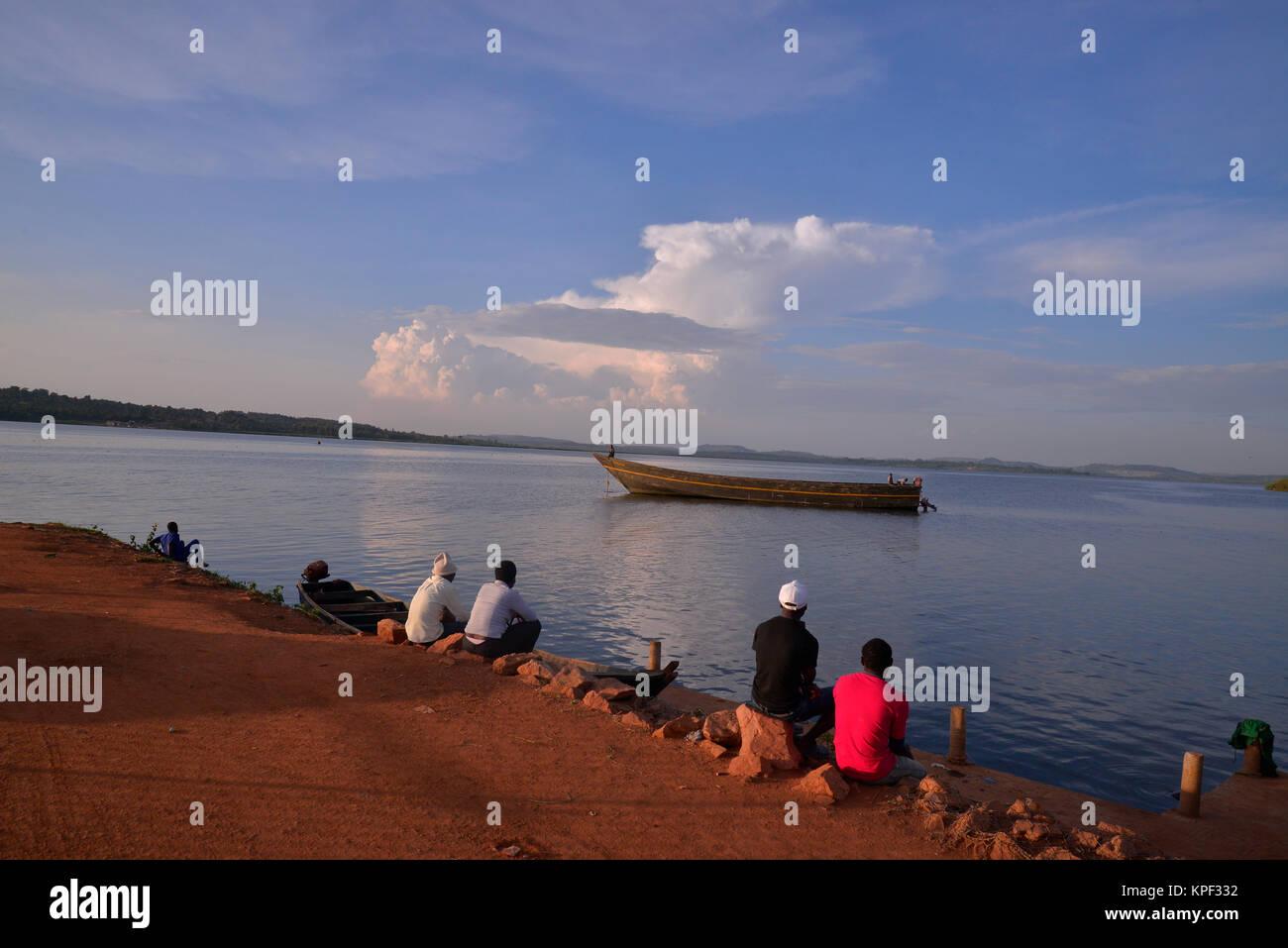 """Uganda es llamada """"la perla de África"""" por sus hermosos paisajes, gente amable, y la abundancia de Imagen De Stock"""