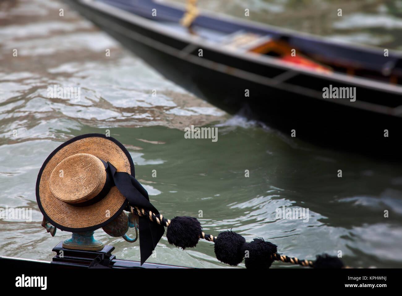 Gondolier Hat Imágenes De Stock   Gondolier Hat Fotos De Stock - Alamy 875a74a3ce5