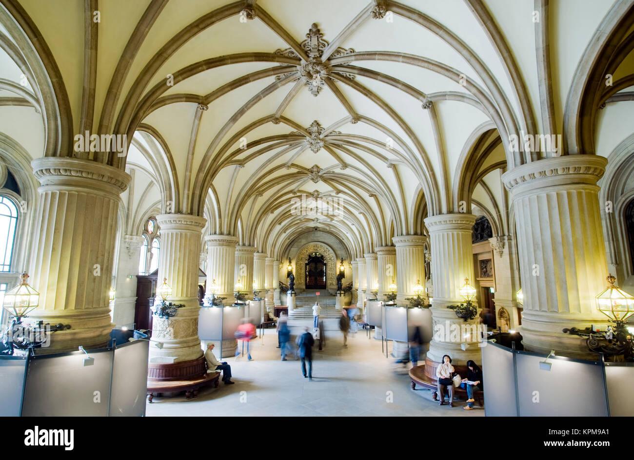 Hamburgo, uno de los más bellos y populares destinos turísticos en el mundo. El Ayuntamiento de Hamburgo es la sede del parlamento europeo Foto de stock