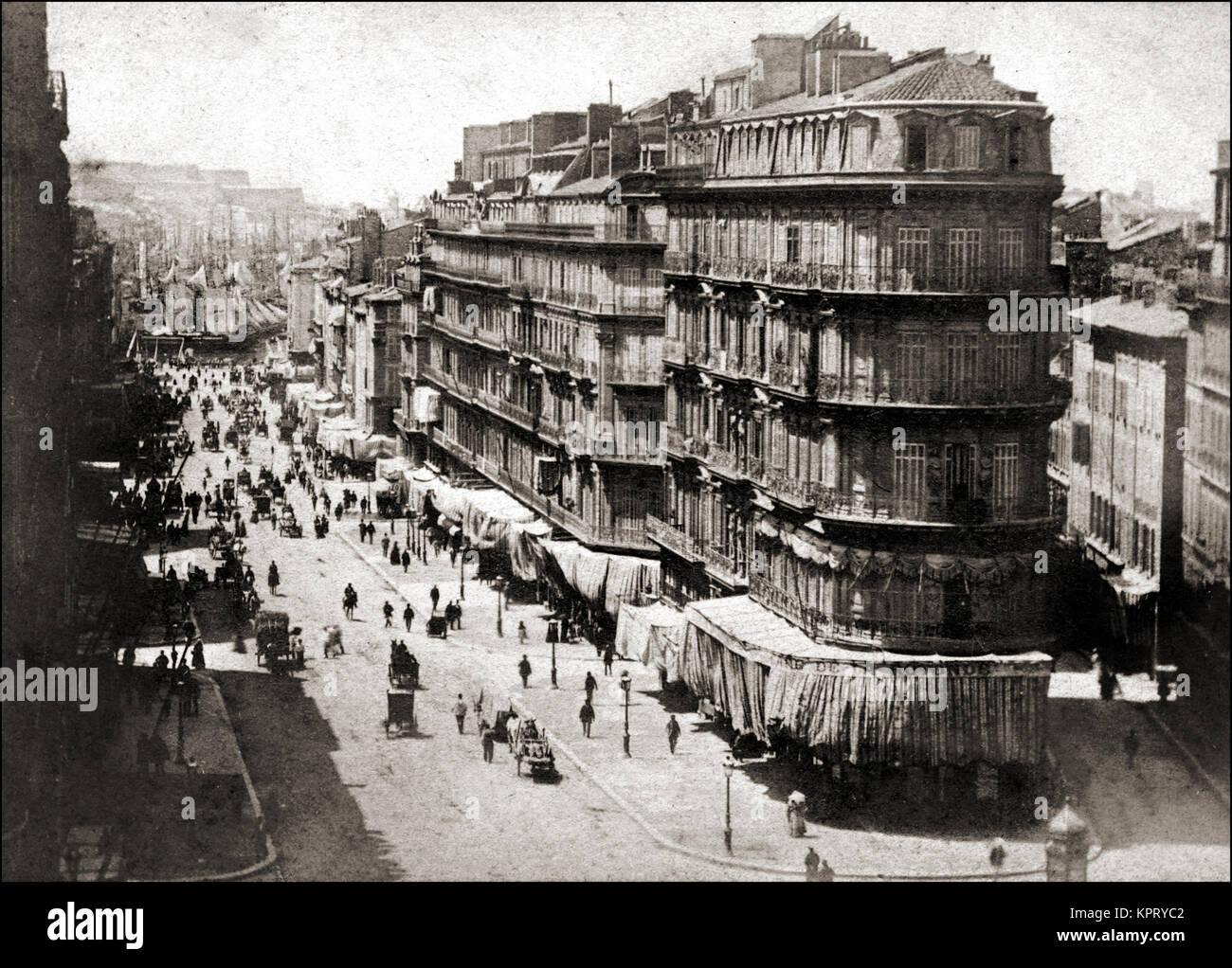 1860 y ajetreado puerto mediterráneo en el sur de Francia. Imagen De Stock