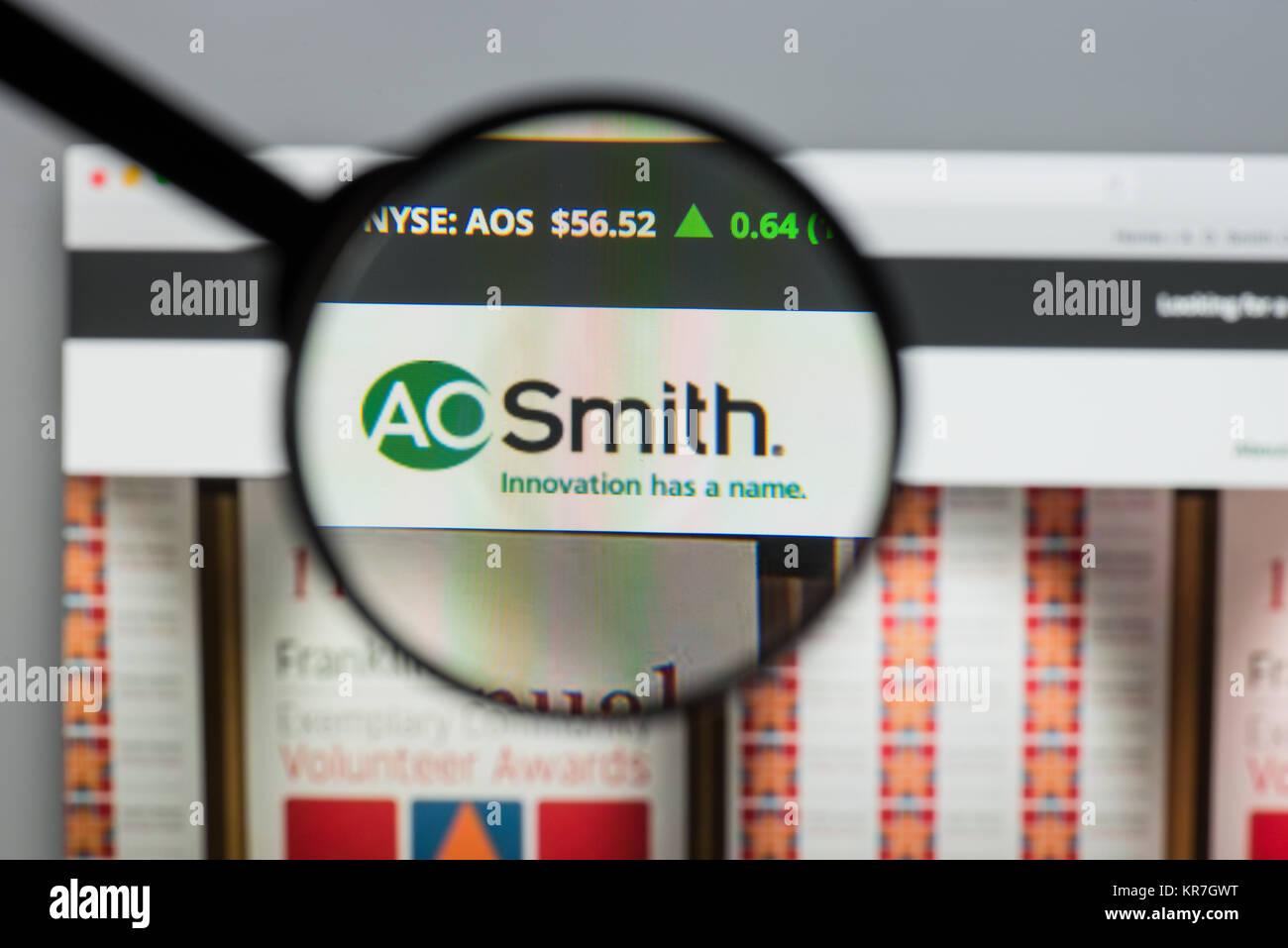 Milán, Italia - Agosto 10, 2017: A.O.Smith página de inicio de nuestro sitio web. Es un fabricante estadounidense Imagen De Stock