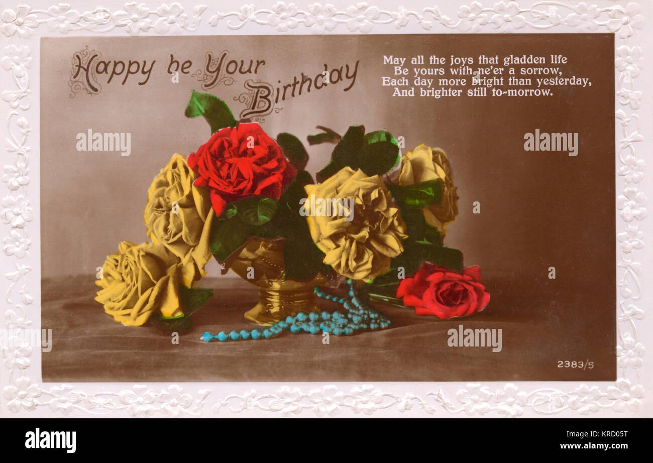 030ca1e3409 Ser tu cumpleaños feliz: una tarjeta de cumpleaños con un jarrón de oro con  rosas