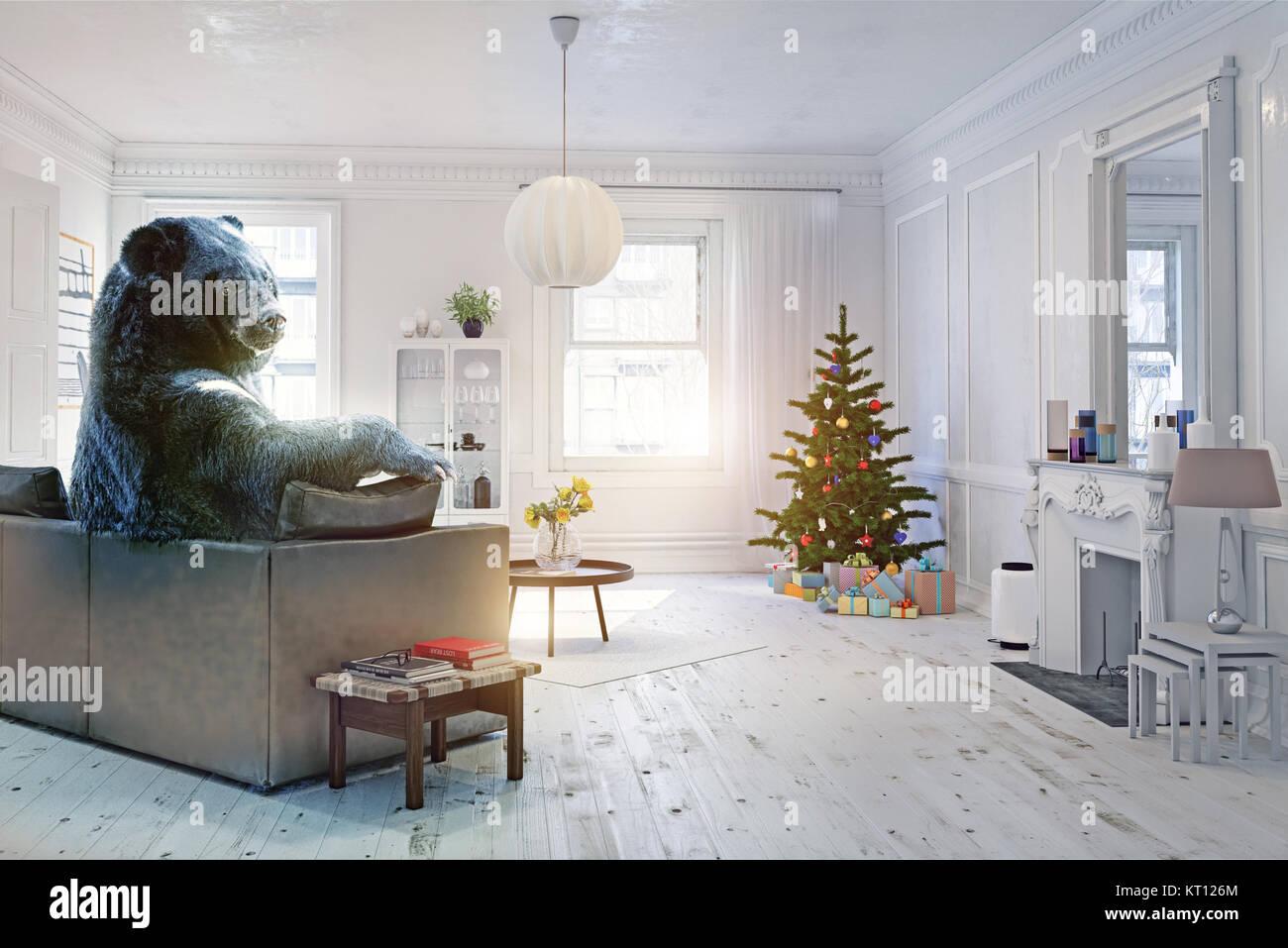 El oso relajante en la fiesta de Navidad decorada en el sofá. Ilustración creativa. Foto y combinación Imagen De Stock