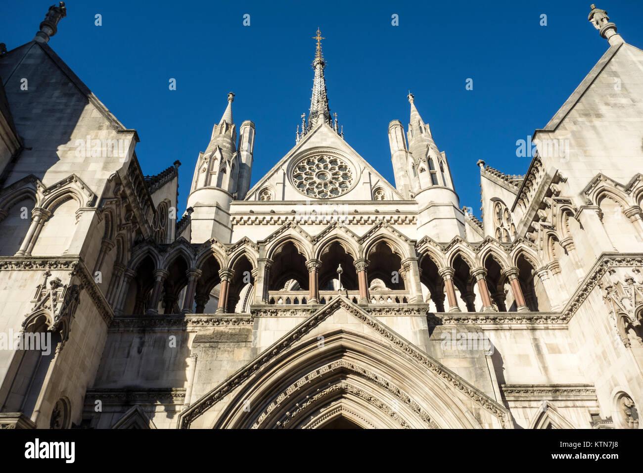 Las Cortes Reales de Justicia, Londres, Reino Unido. Imagen De Stock