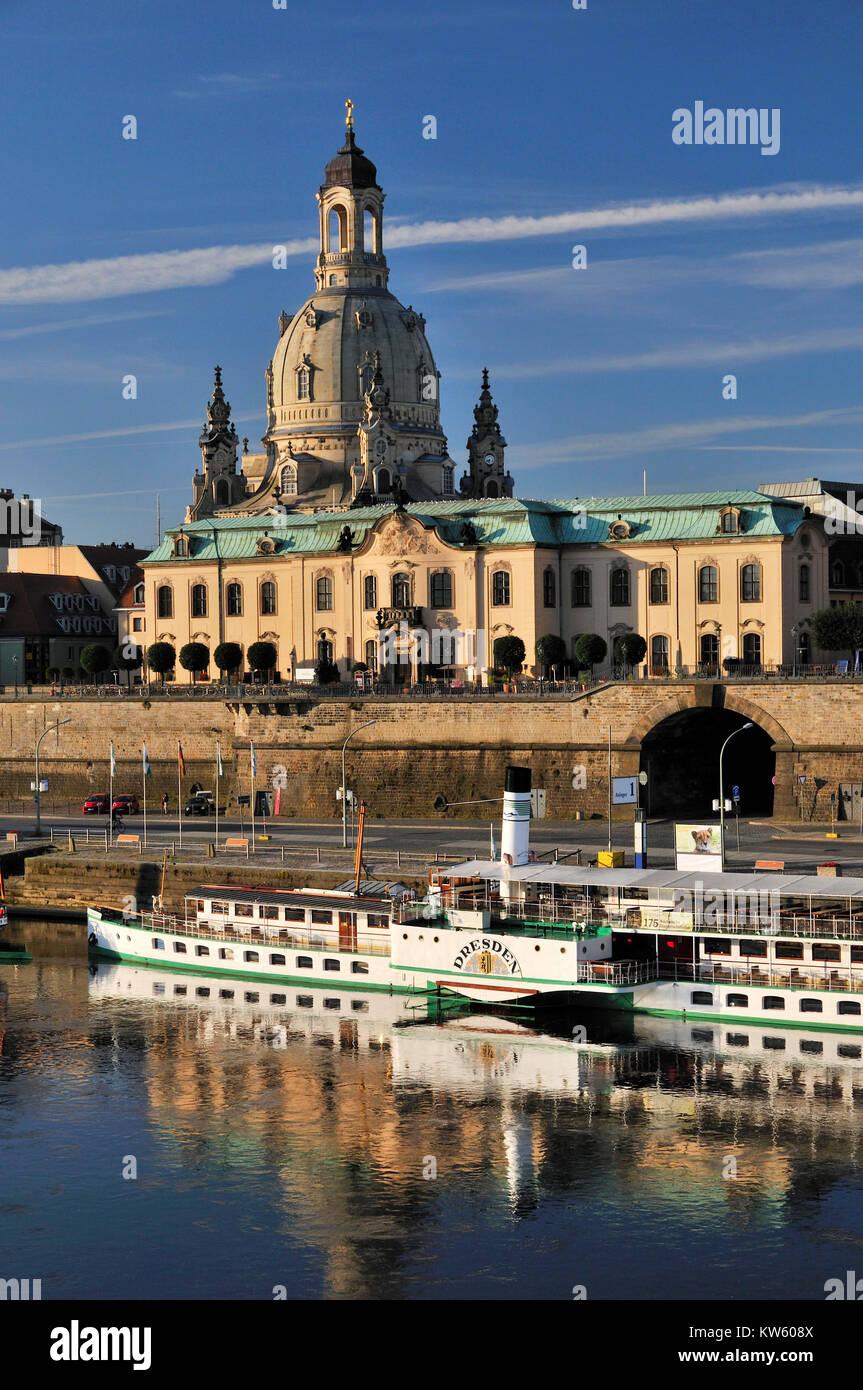 Sekundogenitur e Iglesia de Nuestra Señora, Dresden, Sekundogenitur und Frauenkirche Foto de stock