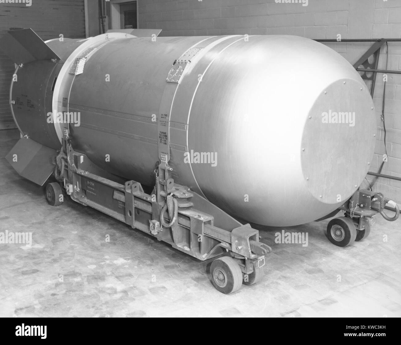 Bomba termonuclear en el arsenal estadounidense en 2004. El Mk/B53 fue uno de alto rendimiento bunker buster arma Imagen De Stock