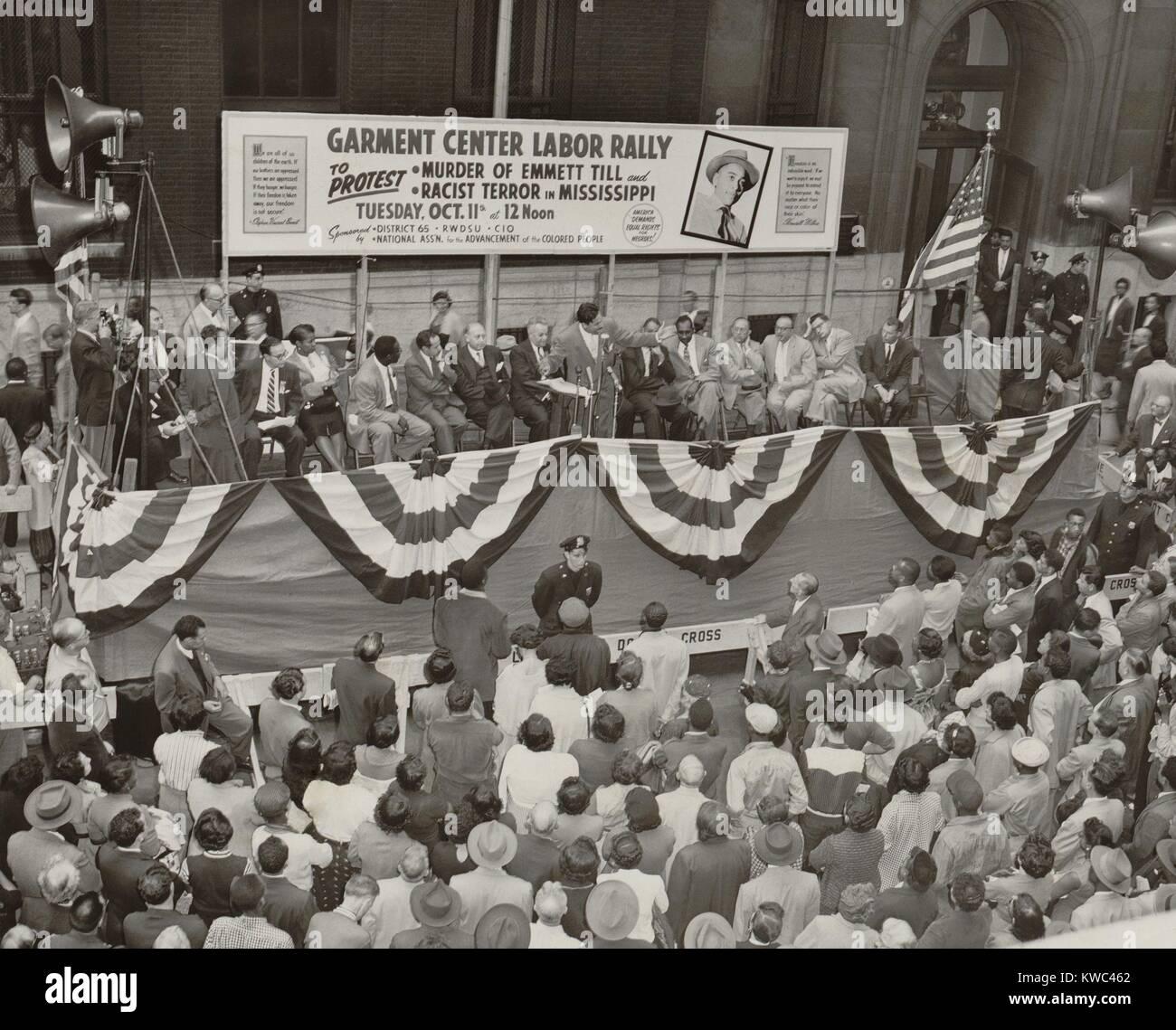 Protesta contra el asesinato de adolescente afroamericano, Emmett Till. Octubre 11, 1955. El evento de la ciudad Foto de stock