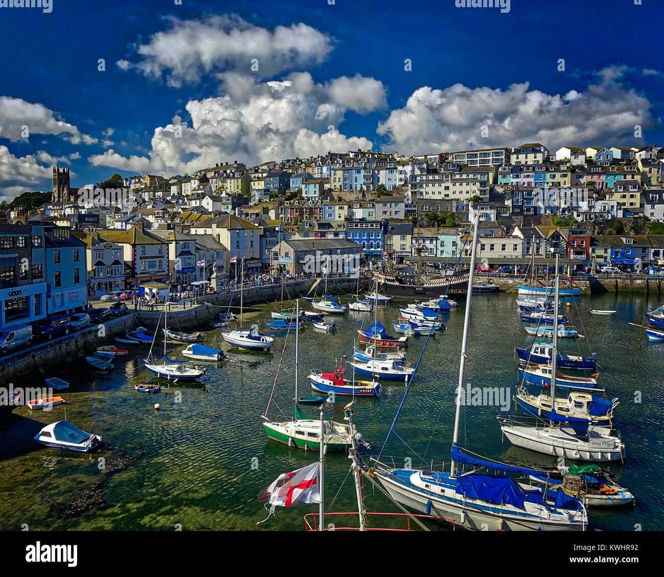 GB - DEVON: Brixham Harbor (HDR-Imagen) Imagen De Stock