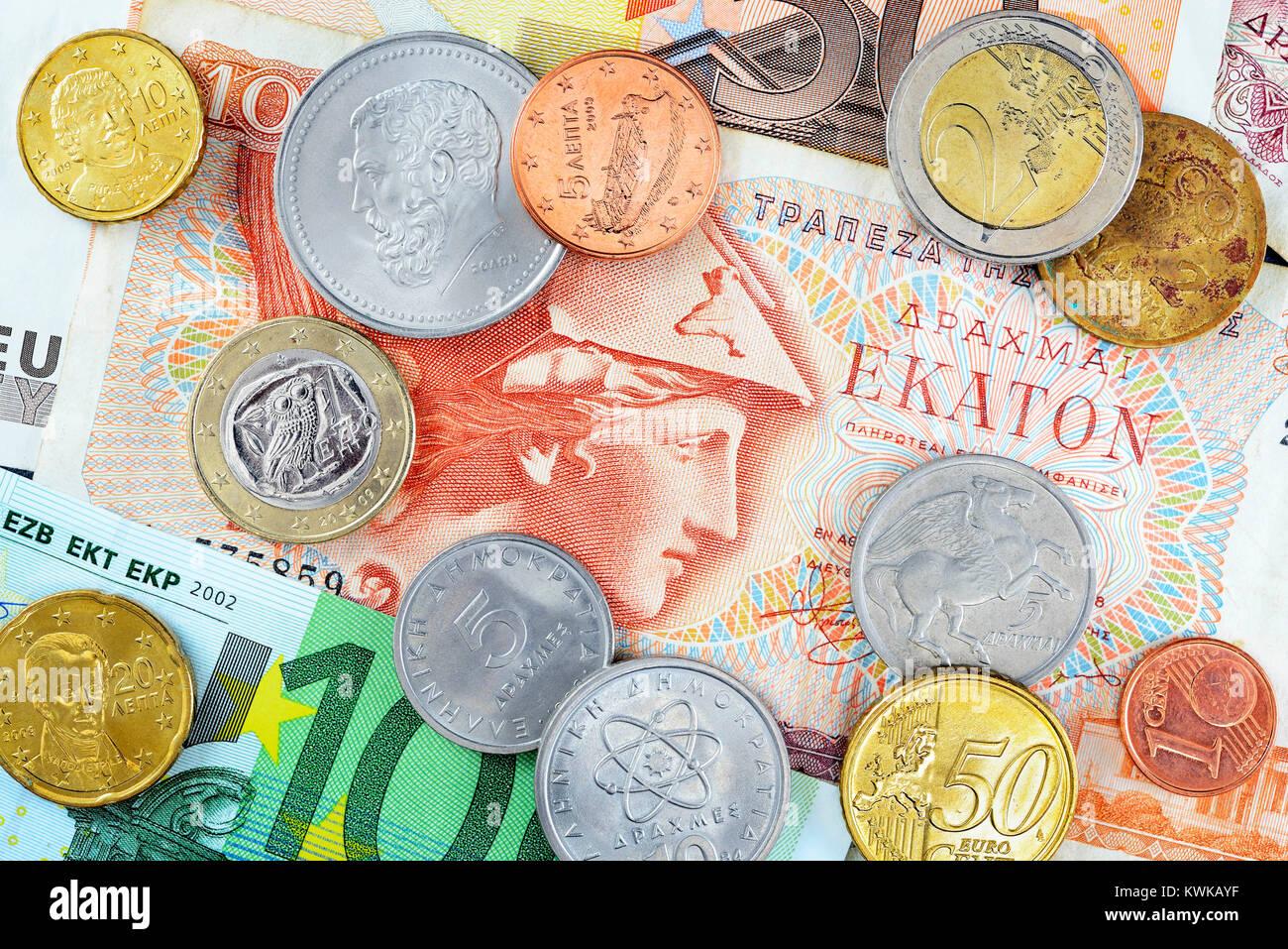 Griego, y eurocoins drachms euronotes, Griechische Drachmen, Euroscheine und Eurom?nzen Foto de stock