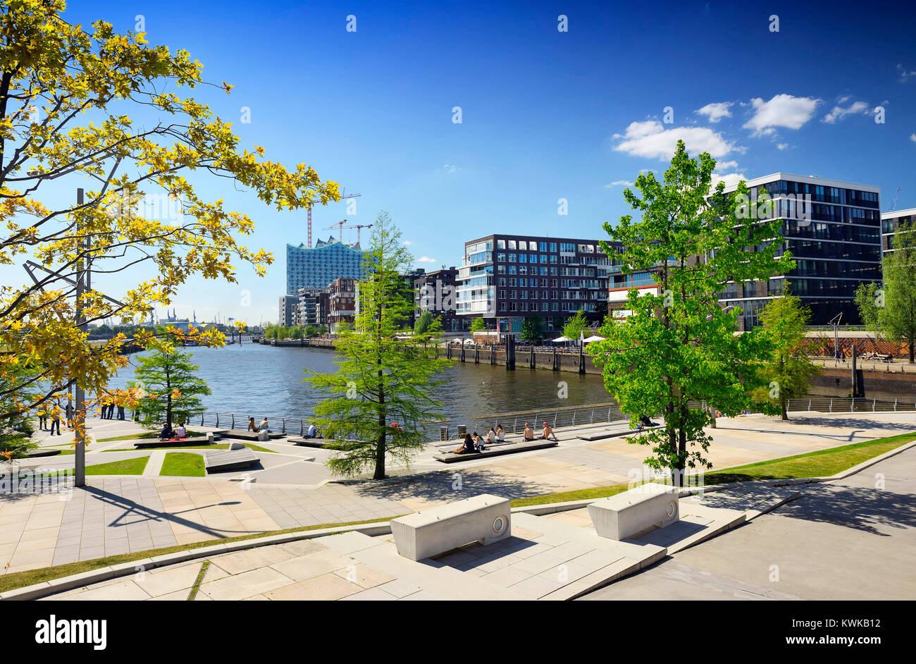 Las terrazas de Marco Polo en la ciudad portuaria de Hamburgo ...