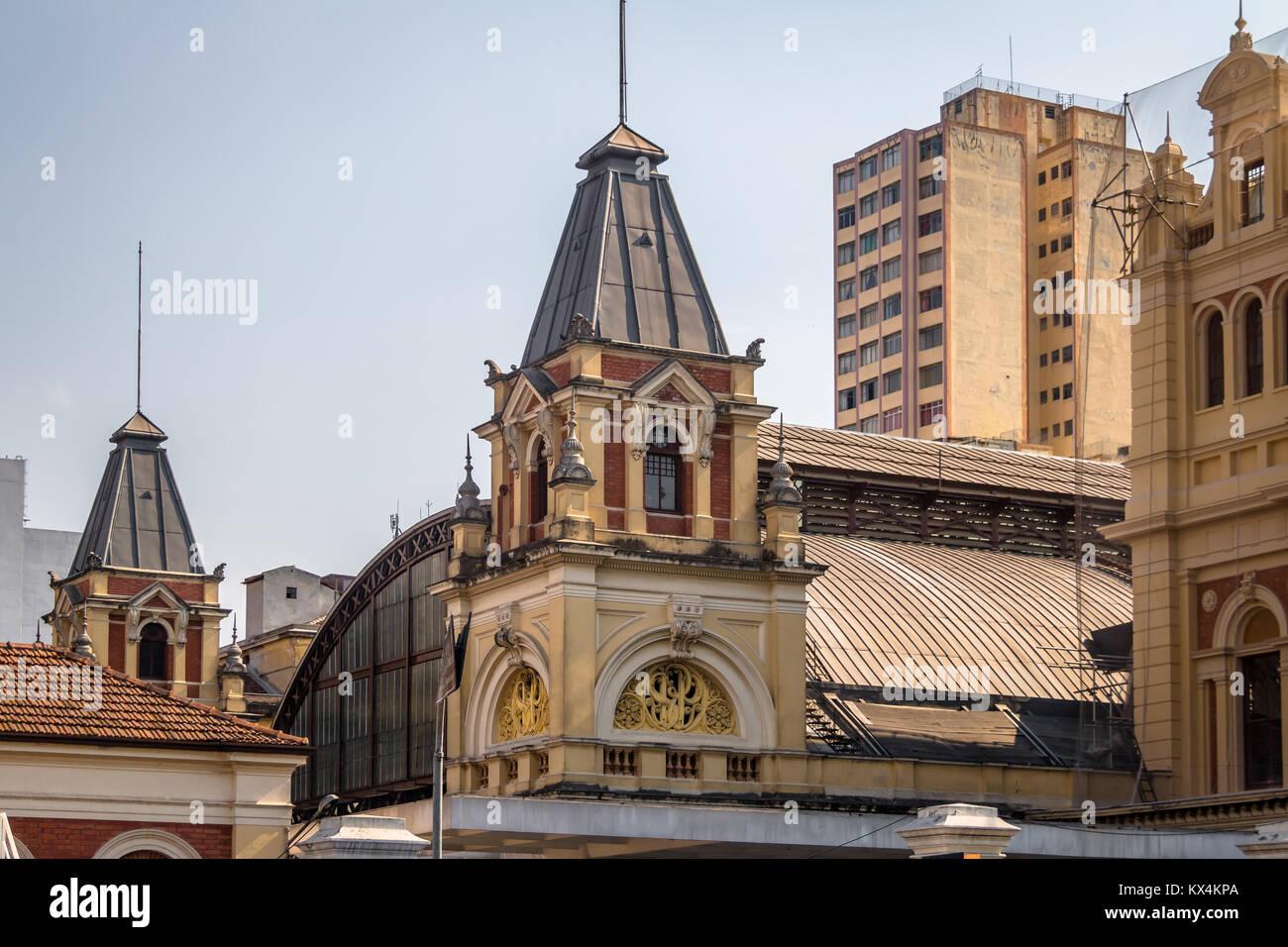 La estación Luz Tower - Sao Paulo, Brasil. Imagen De Stock