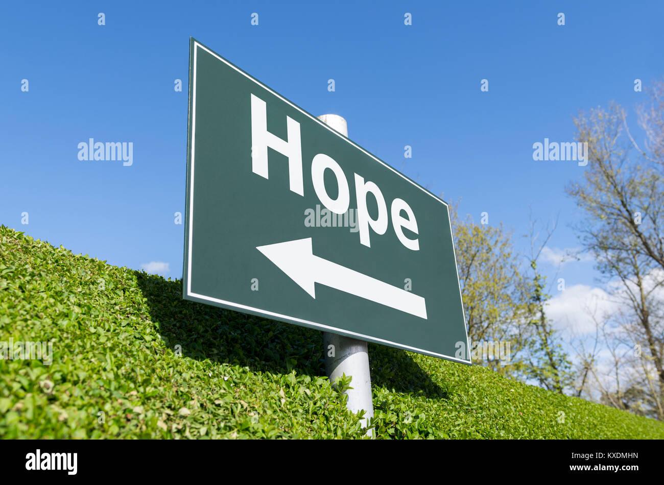 Concepto de esperanza. Signo de esperanza. Espero signpost. Imagen De Stock