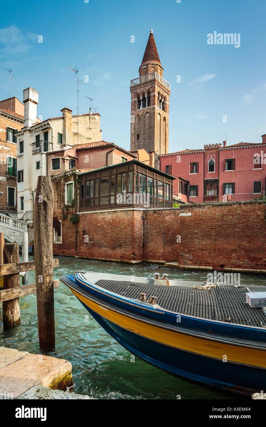 Una escena a lo largo del Grand Canal en el Veneto, Venecia, Italia, Europa Imagen De Stock