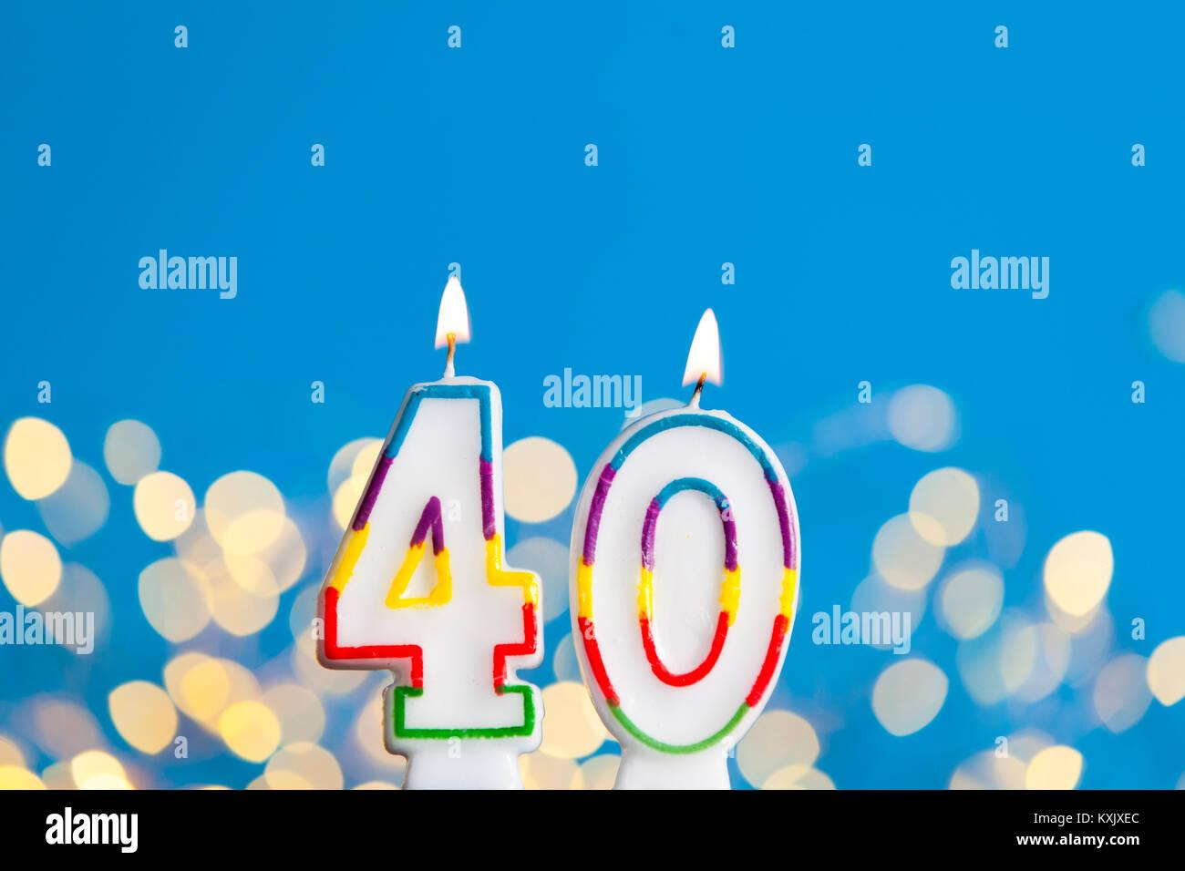 Imagenes De Cumpleanos Numero 40.Celebracion Del Cumpleanos Numero 40 Velas Brillantes Luces