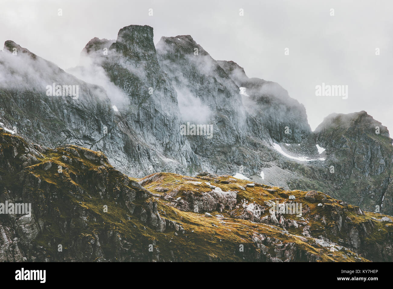 Paisaje de las Montañas Rocosas en Noruega escandinavo caminata Viajes Naturaleza salvaje Imagen De Stock