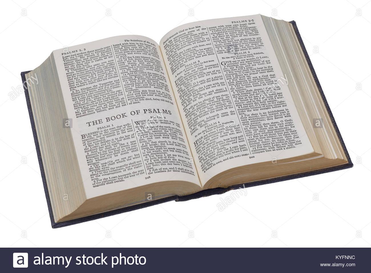 Una Tapa Dura Biblia Abierta En El Libro De Los Salmos Foto Imagen