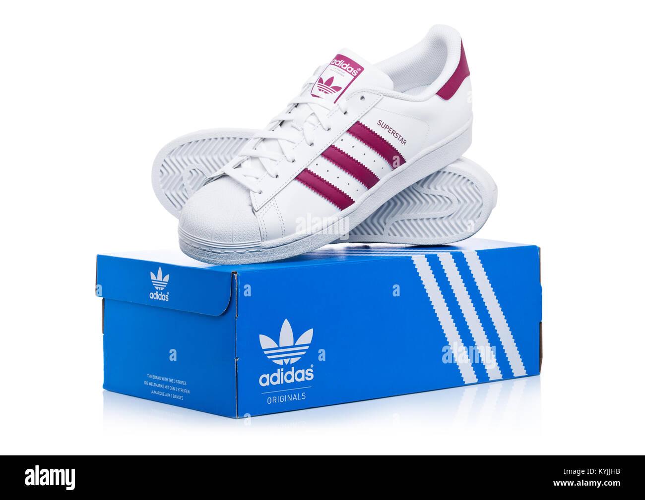 Unido De Londres Originales 2018 12 Adidas Enero Reino 6zw5qTwxU7