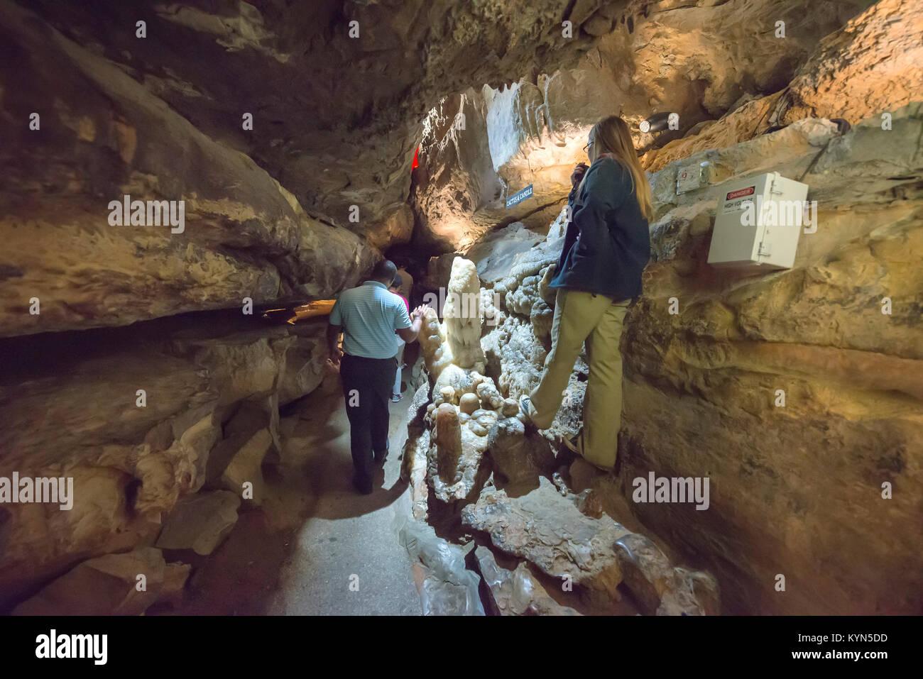 cave waterfall ruby falls
