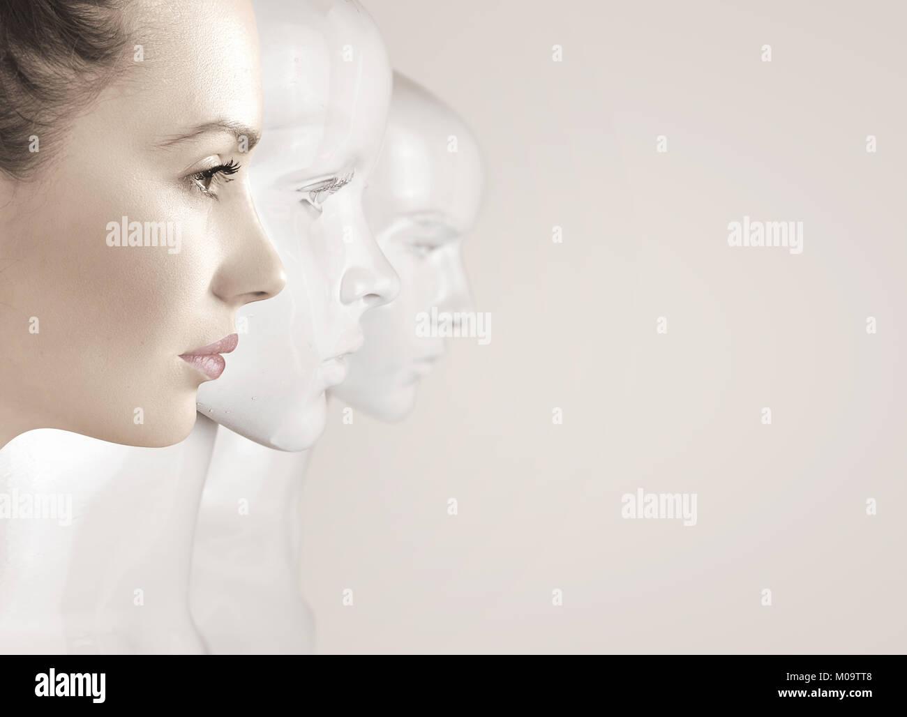 Mujer y robots - concepto de inteligencia artificial Imagen De Stock