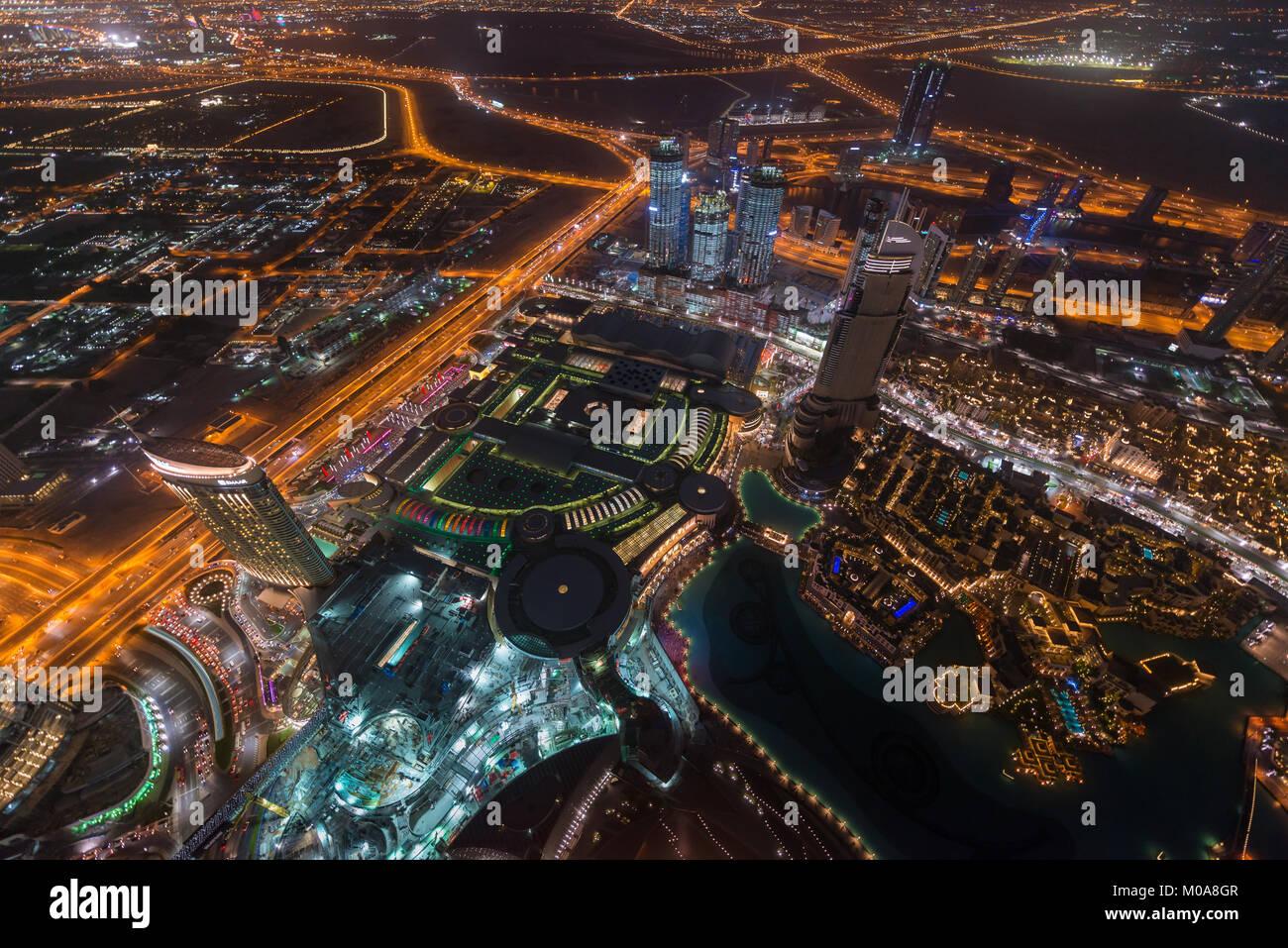 Vistas de la ciudad de Burj Khalifa, Dubai, Emiratos Árabes Unidos. Foto de stock