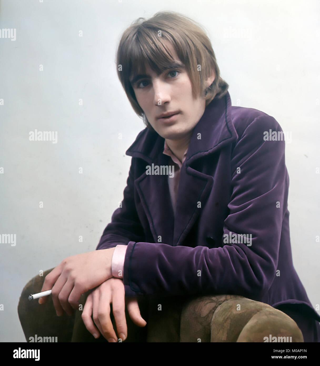 BIL CHENAIL Inglés modelo de moda masculina en mayo de 1967. Foto: Tony Gale Imagen De Stock