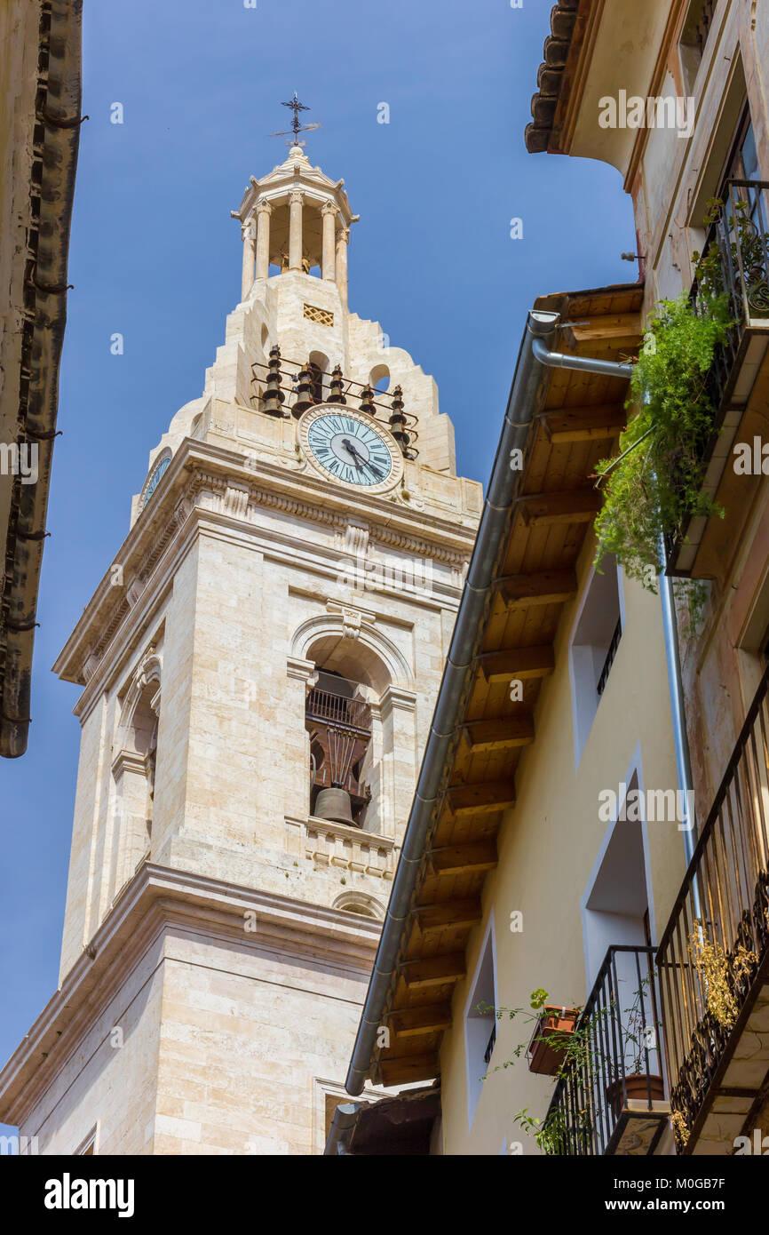 Torre de la Basílica de Santa Maria en Xativa, España Imagen De Stock