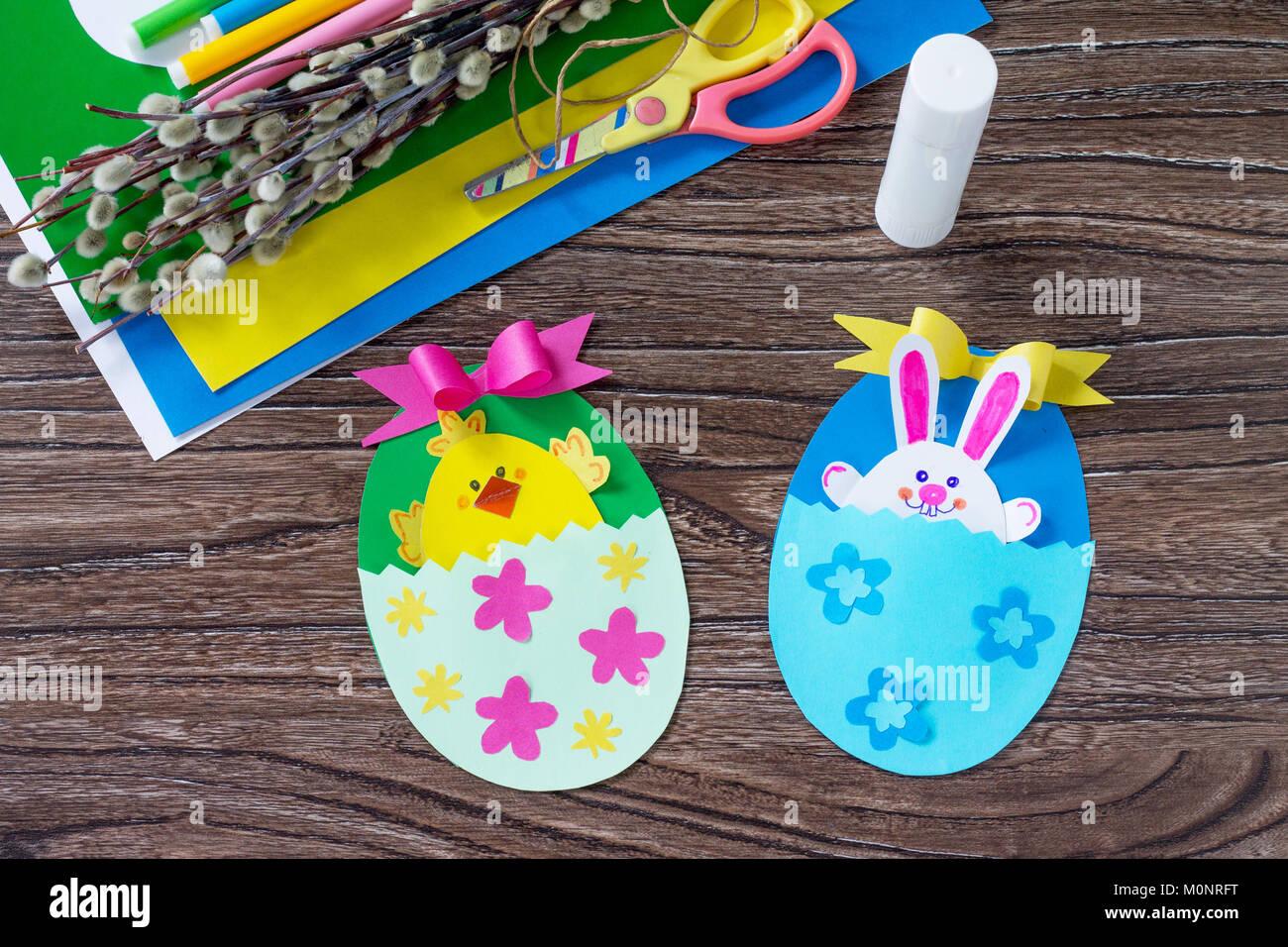 Huevo De Pascua Para Ninos Juguete De Regalo Con El Pollo Y El