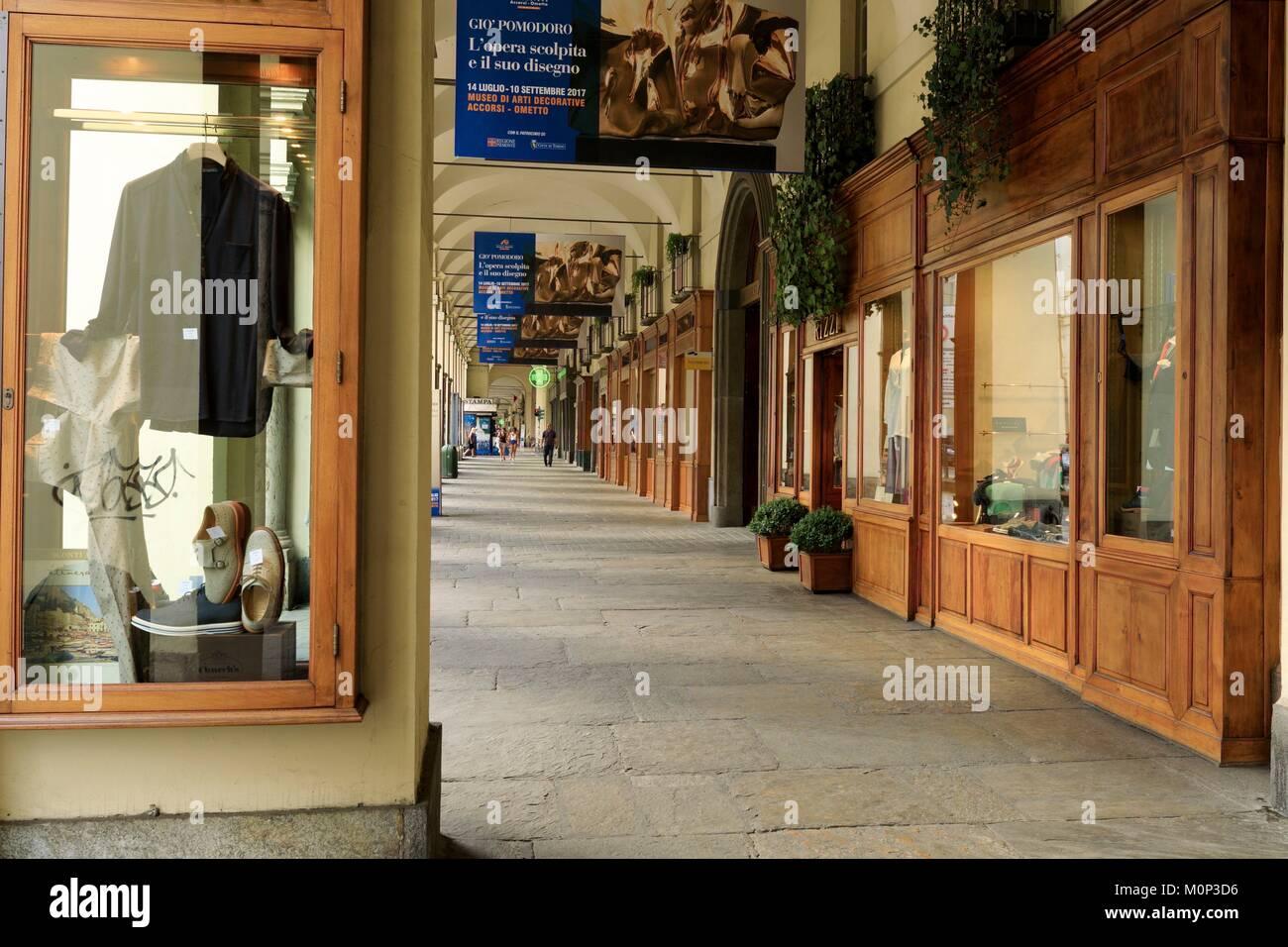 Italia,Piamonte, Provincia de Turín, Turín,Po Street Foto de stock