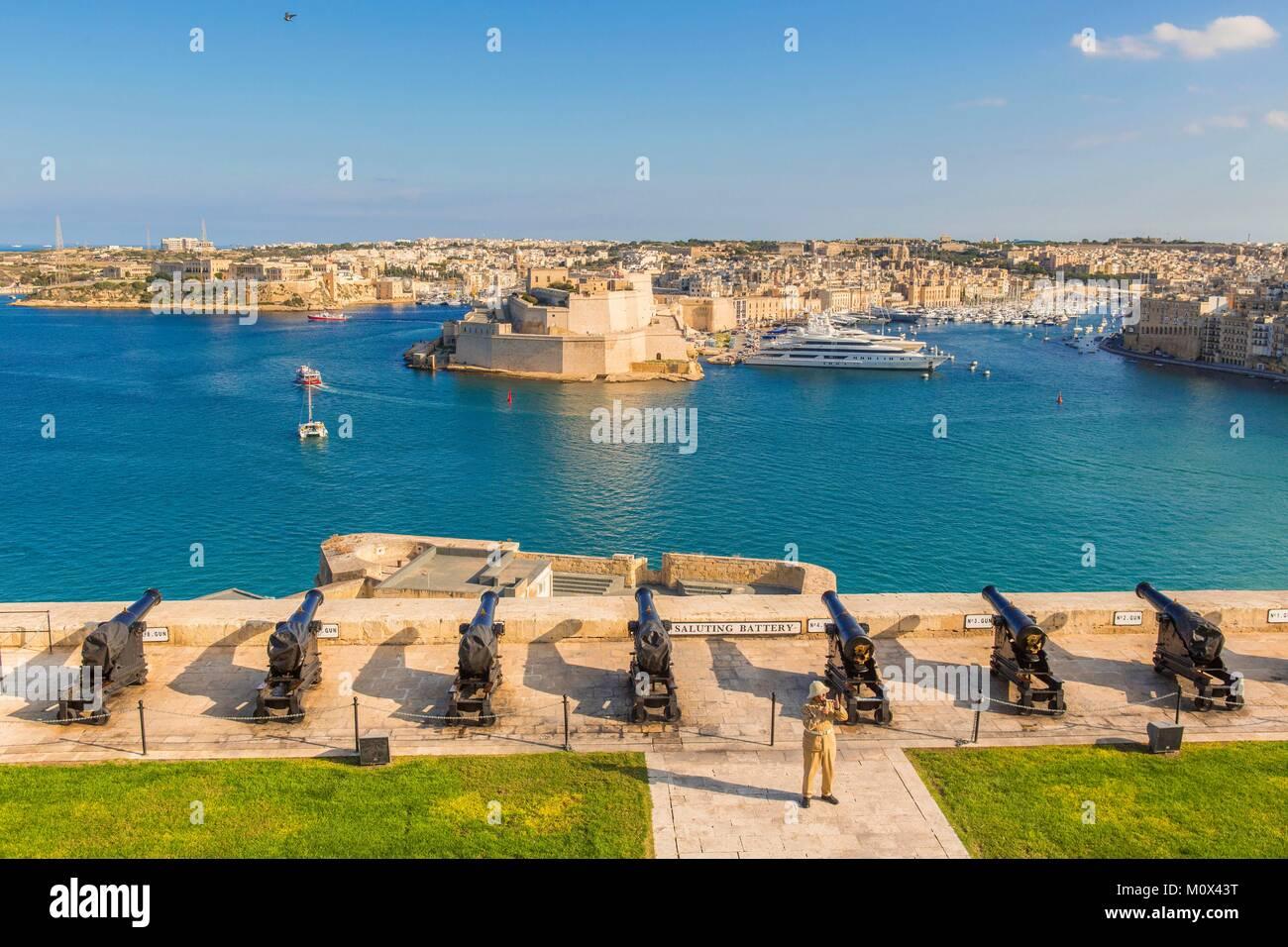 Malta, Valletta, catalogado como Patrimonio de la Humanidad por la UNESCO, con vistas a las tres ciudades y las Imagen De Stock