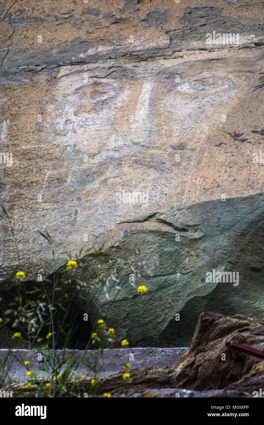 Rostro de Jesucristo en la roca Foto de stock