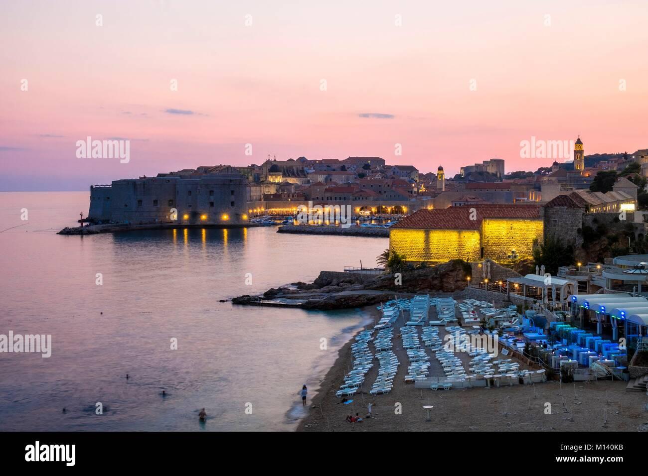Croacia, Dalmacia Central, la costa dálmata, Dubrovnik, centro histórico catalogado como Patrimonio Mundial por Foto de stock