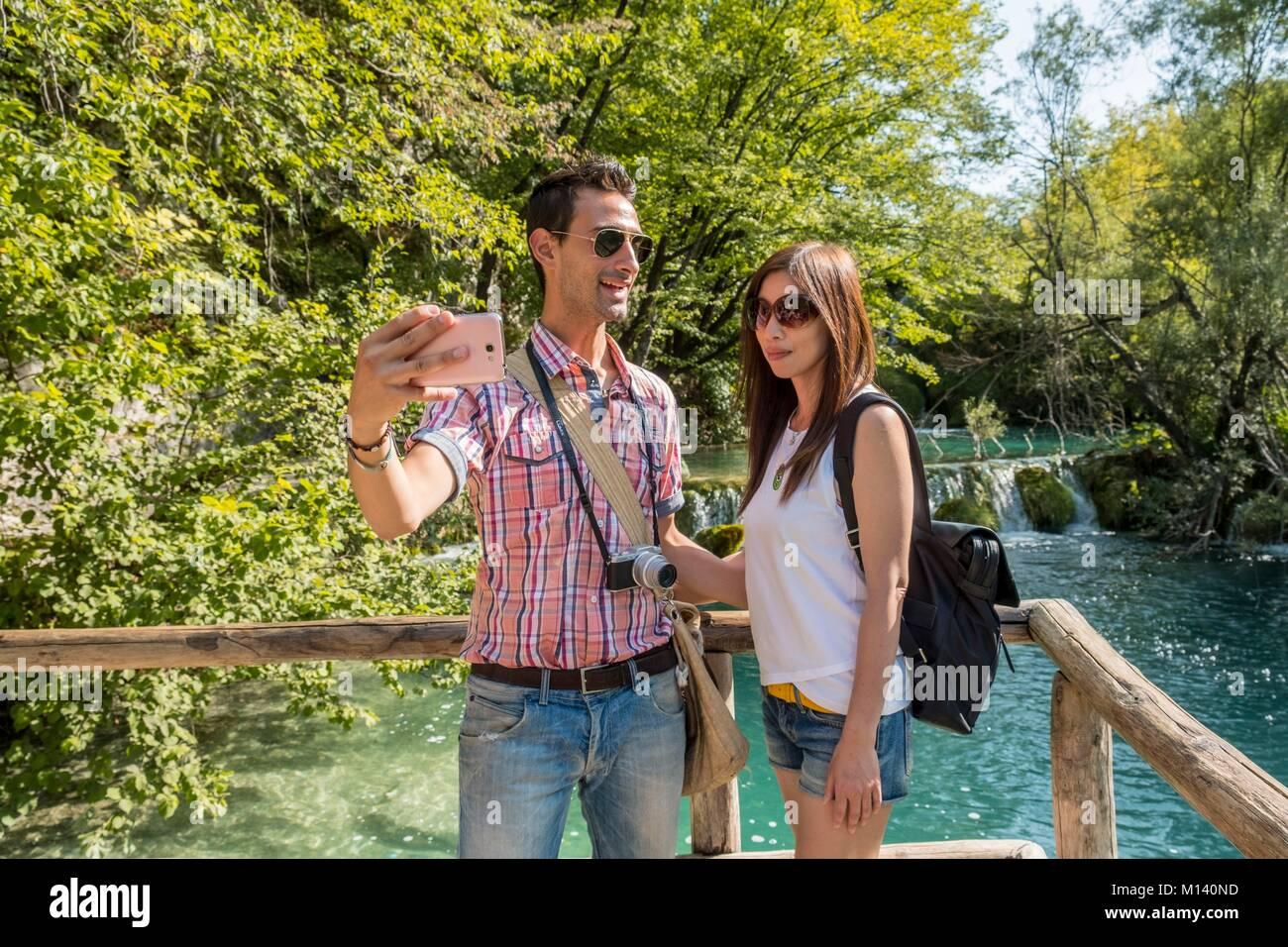 Croacia, Dalmacia del Norte, el Parque Nacional de Plitvice listados como Patrimonio Mundial por la UNESCO, lagos Imagen De Stock
