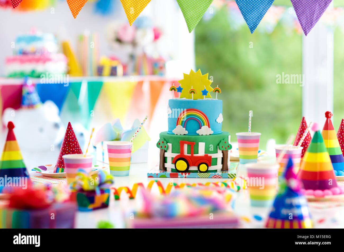 Fiesta de cumplea os para ni os decoraci n colorido - Bizcocho cumpleanos para ninos ...